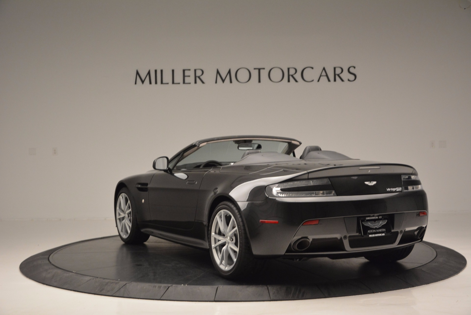 Used 2016 Aston Martin V8 Vantage S Roadster For Sale In Greenwich, CT 652_p5