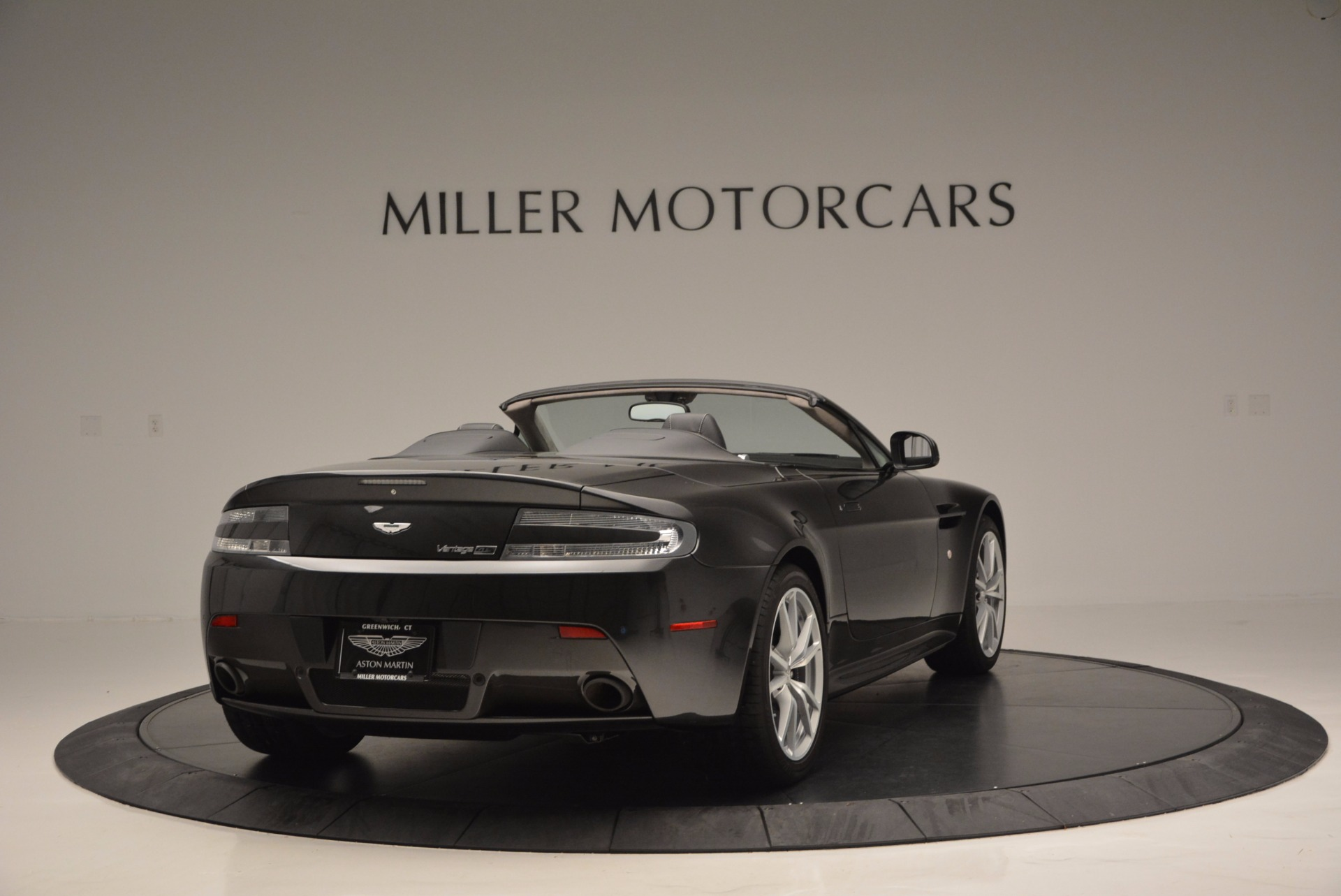 Used 2016 Aston Martin V8 Vantage S Roadster For Sale In Greenwich, CT 652_p6