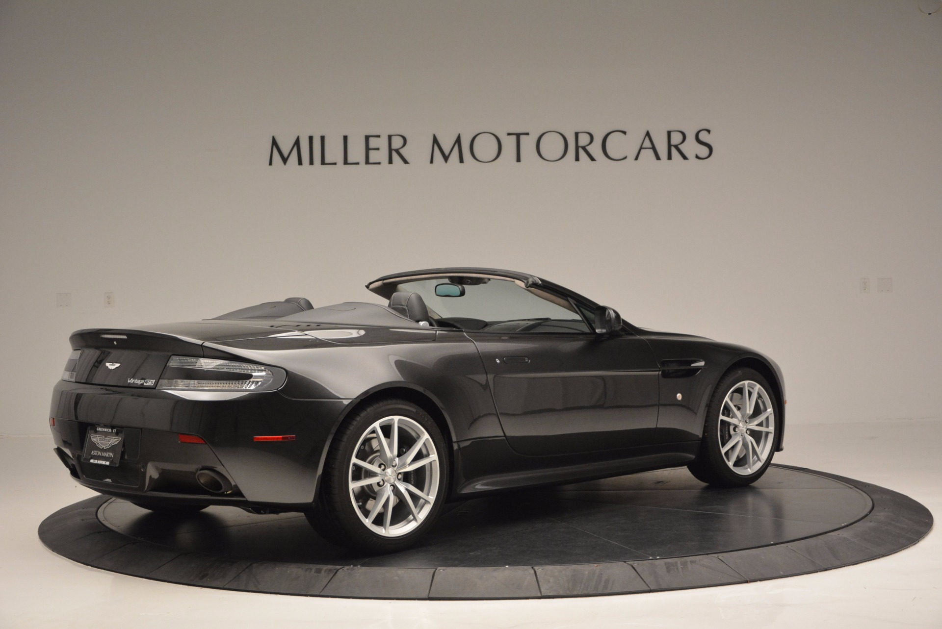 Used 2016 Aston Martin V8 Vantage S Roadster For Sale In Greenwich, CT 652_p7
