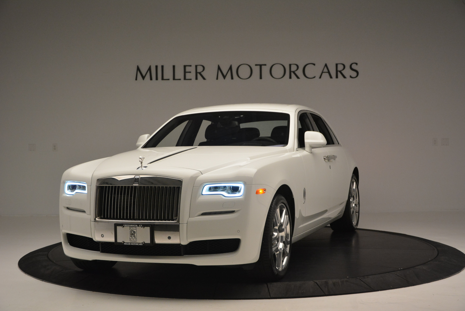 Used 2016 Rolls-Royce Ghost Series II  For Sale In Greenwich, CT 653_p2