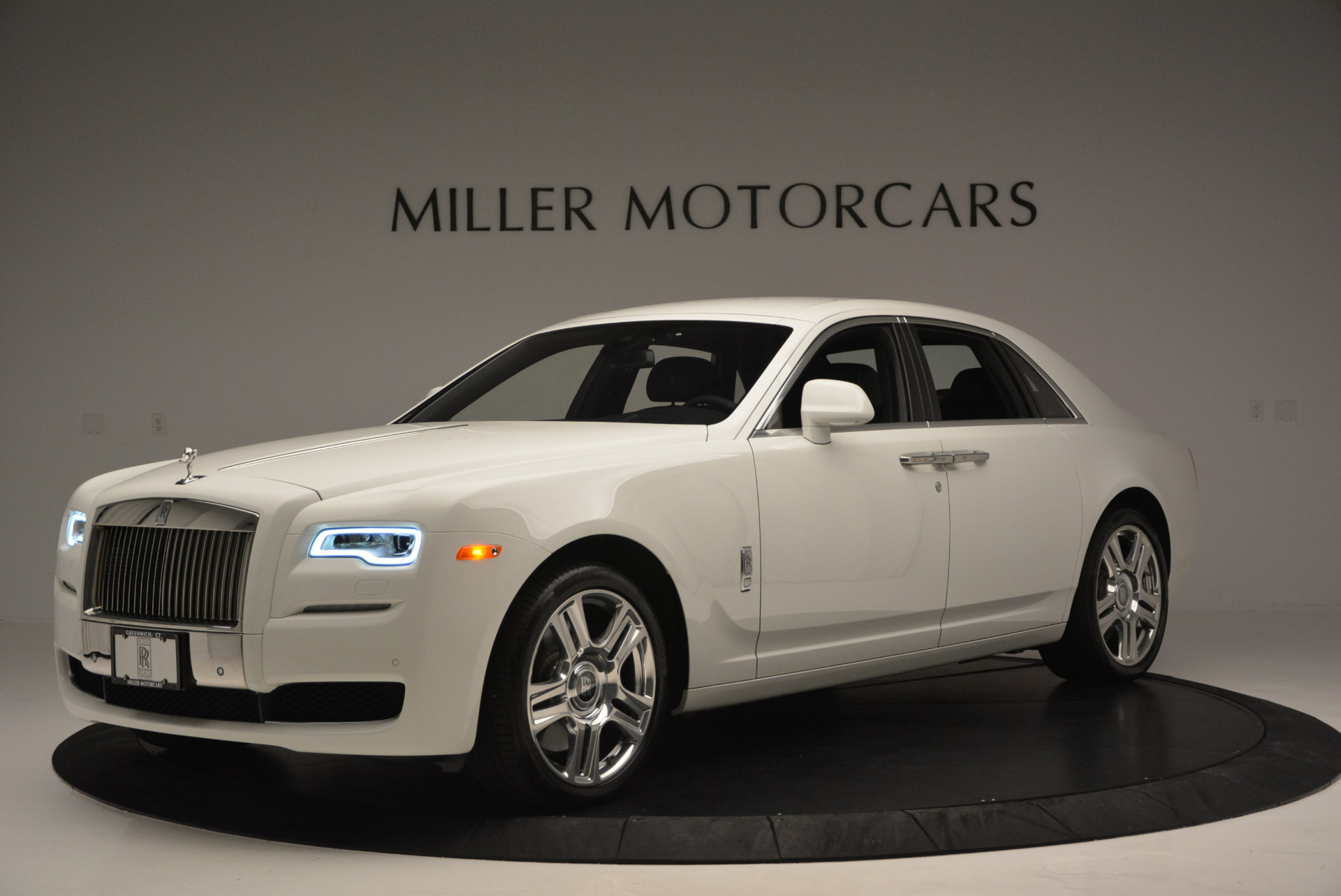 Used 2016 Rolls-Royce Ghost Series II  For Sale In Greenwich, CT 653_p3