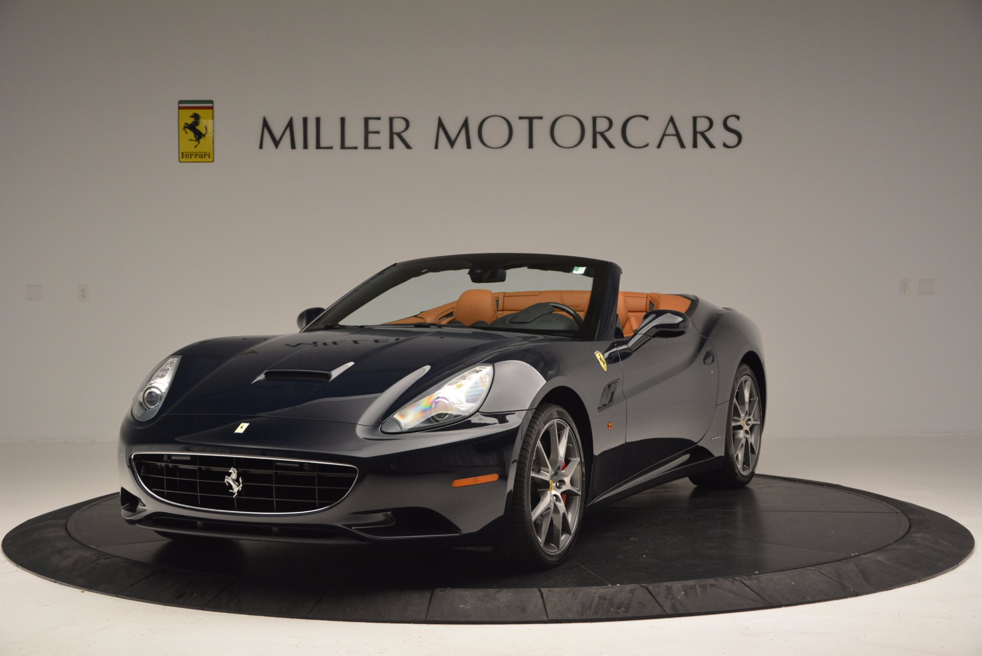 Used 2010 Ferrari California  For Sale In Greenwich, CT 659_main