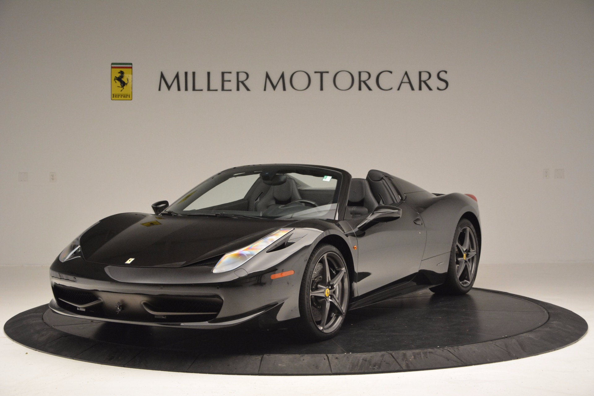 Used 2015 Ferrari 458 Spider  For Sale In Greenwich, CT 660_main