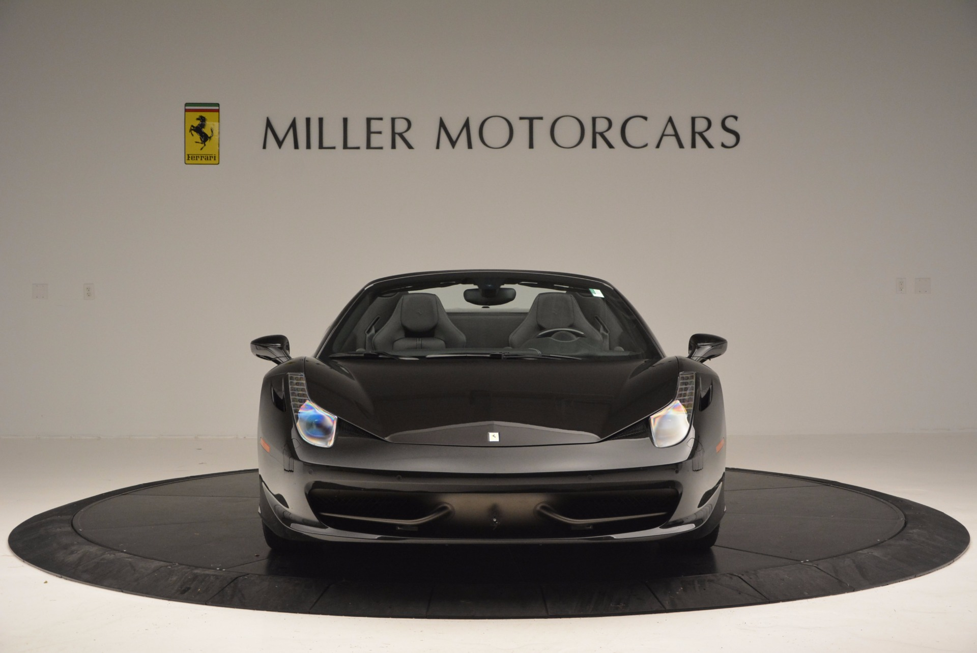 Used 2015 Ferrari 458 Spider  For Sale In Greenwich, CT 660_p12