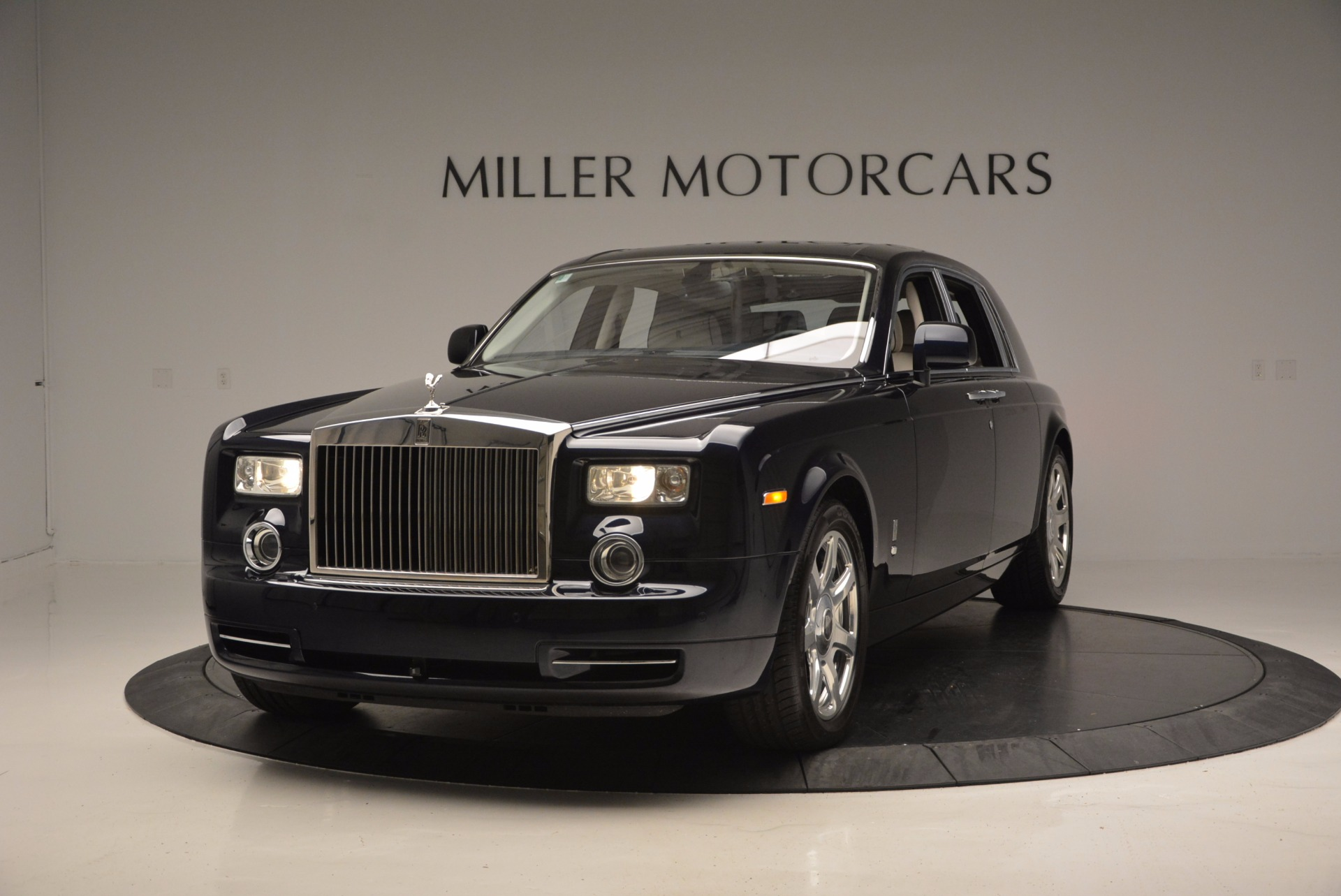 cloud rolls driver owned baby in james pre sale full classic silver cars inventory phantom restored res miami iii for side bentley young royce