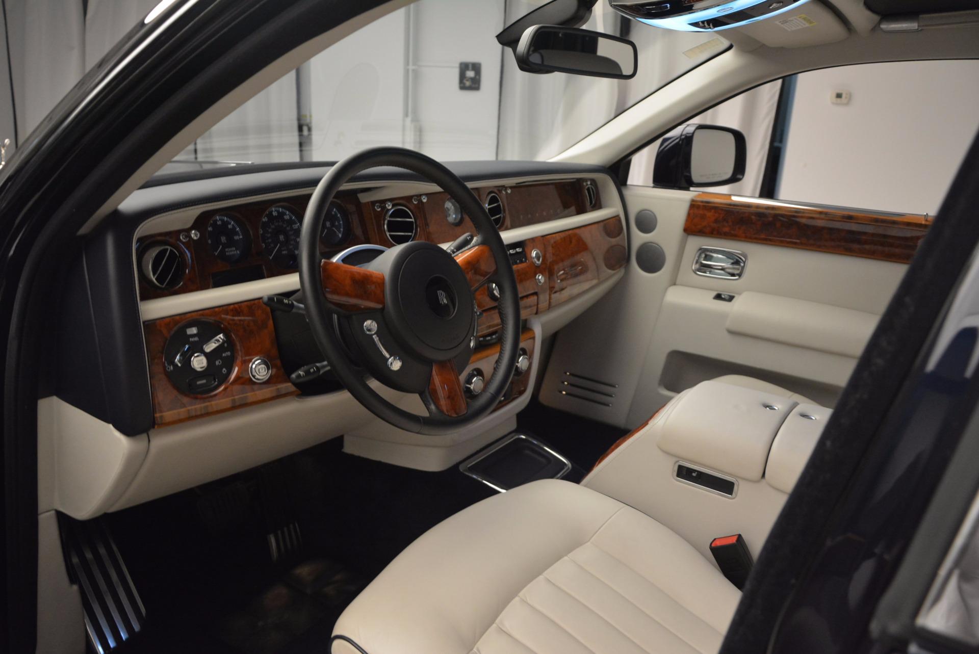 Used 2011 Rolls-Royce Phantom  For Sale In Greenwich, CT 661_p10