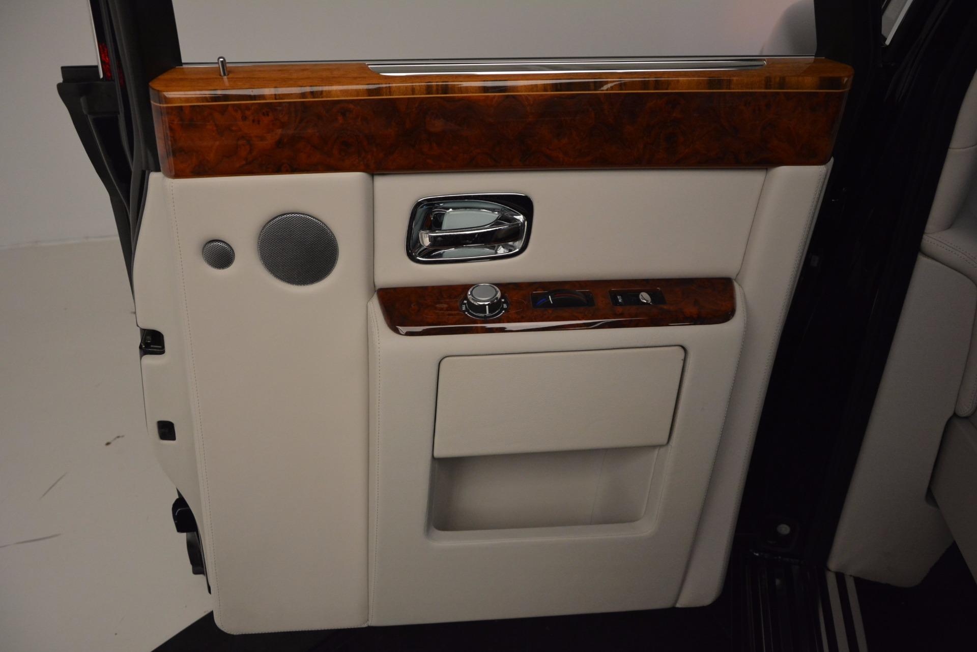 Used 2011 Rolls-Royce Phantom  For Sale In Greenwich, CT 661_p19