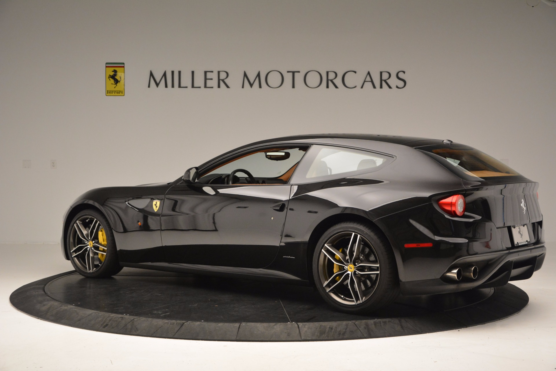 Used 2014 Ferrari FF  For Sale In Greenwich, CT 662_p4