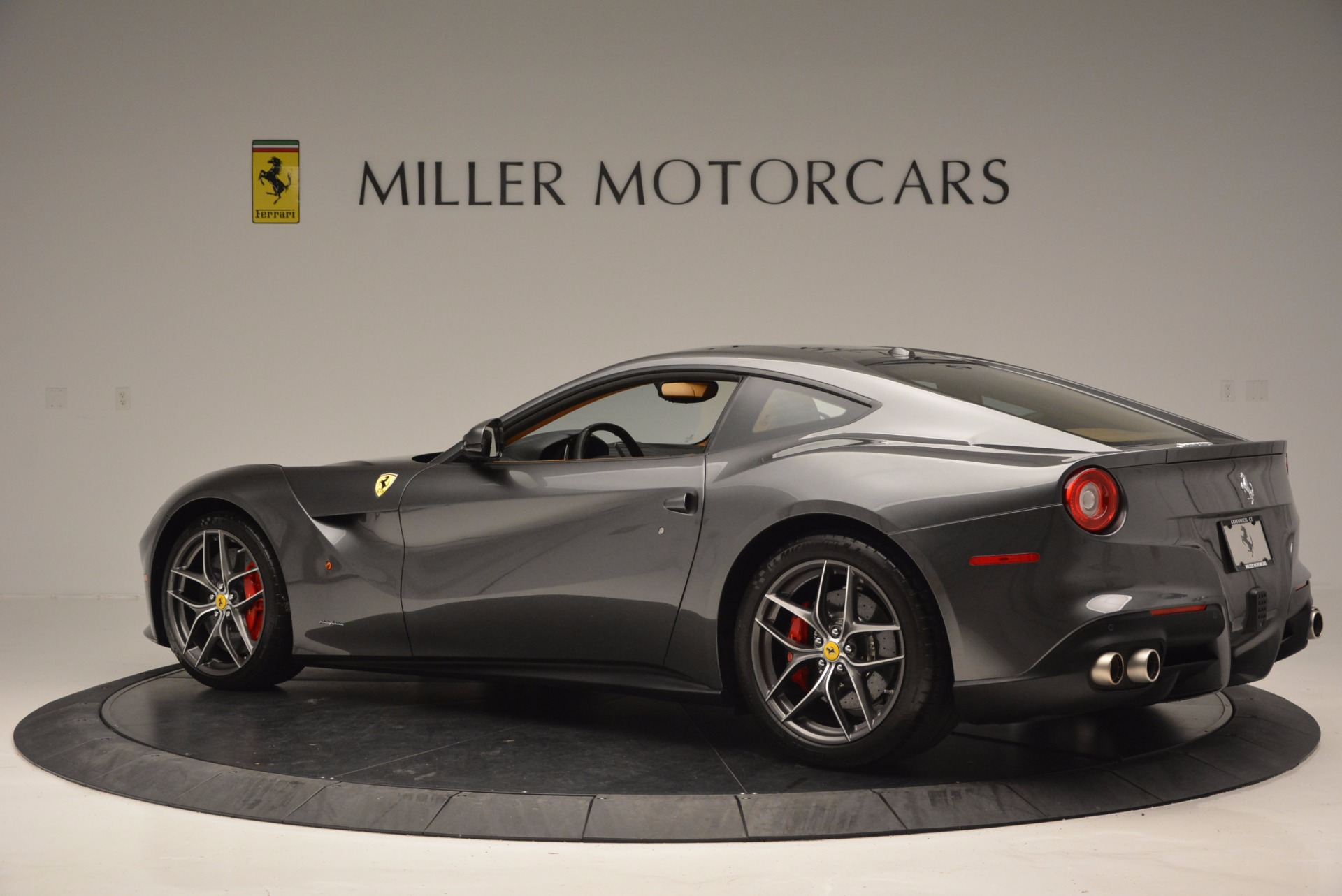 Used 2014 Ferrari F12 Berlinetta  For Sale In Greenwich, CT 664_p4
