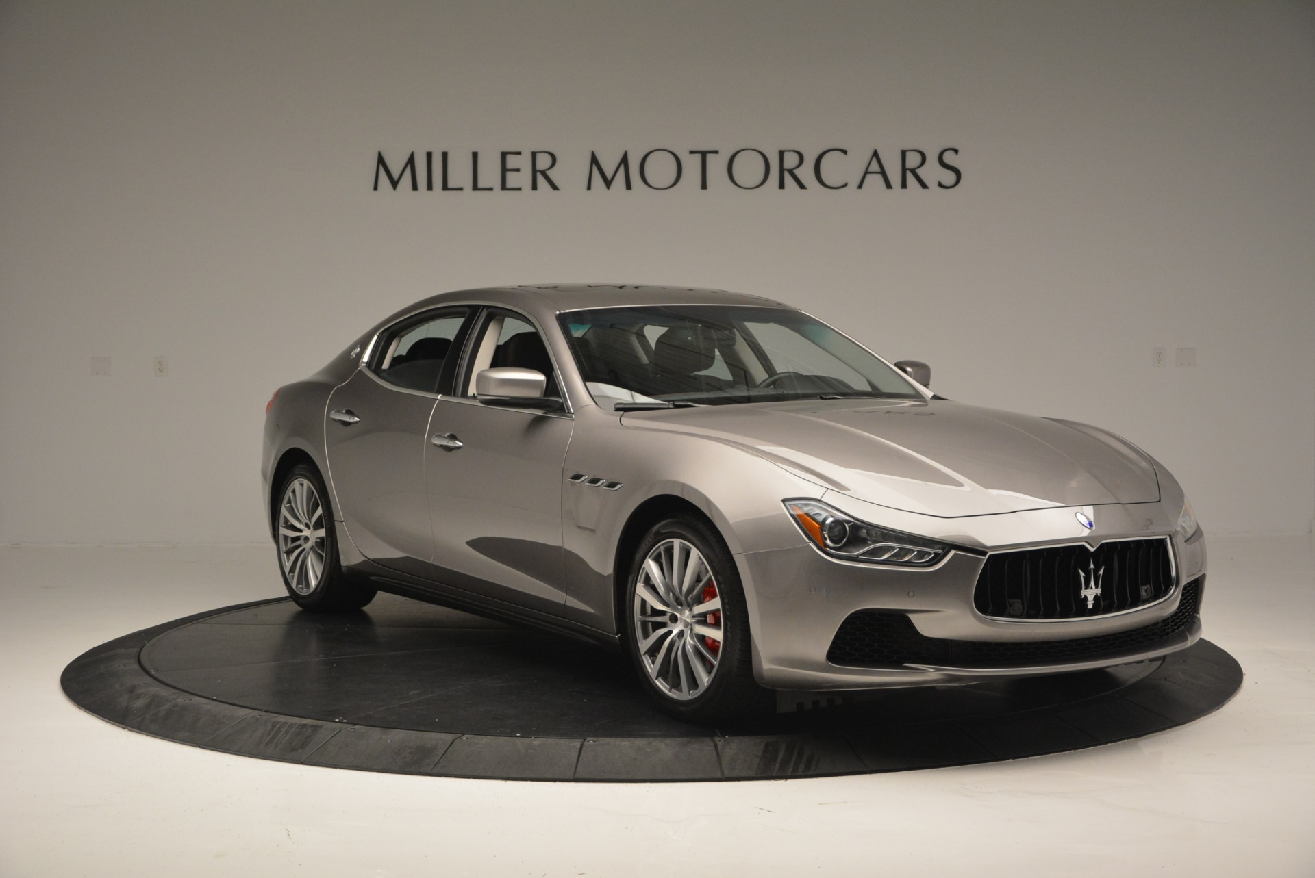 Used 2016 Maserati Ghibli S Q4  EX- LOANER For Sale In Greenwich, CT 668_p11
