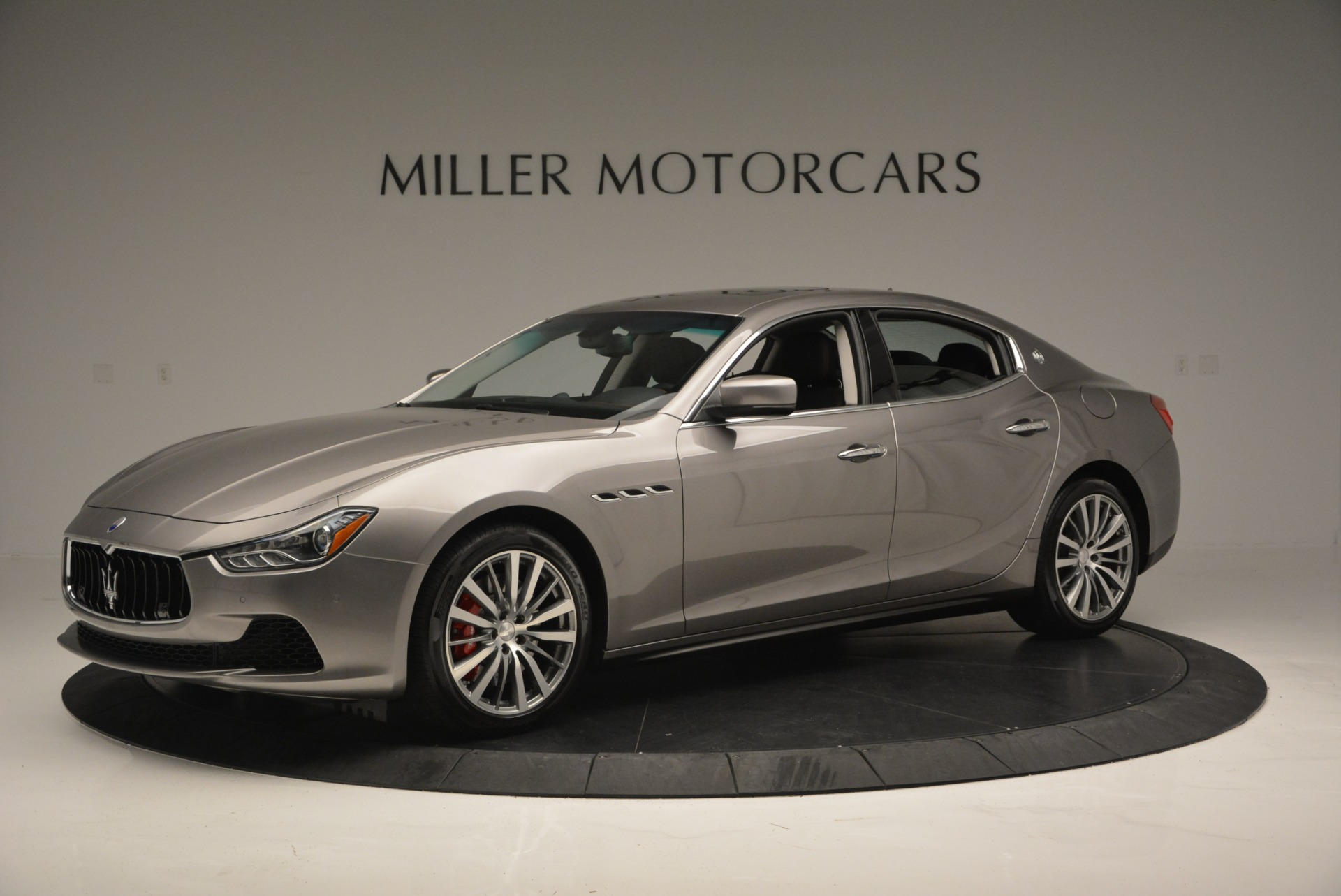 Used 2016 Maserati Ghibli S Q4  EX- LOANER For Sale In Greenwich, CT 668_p2