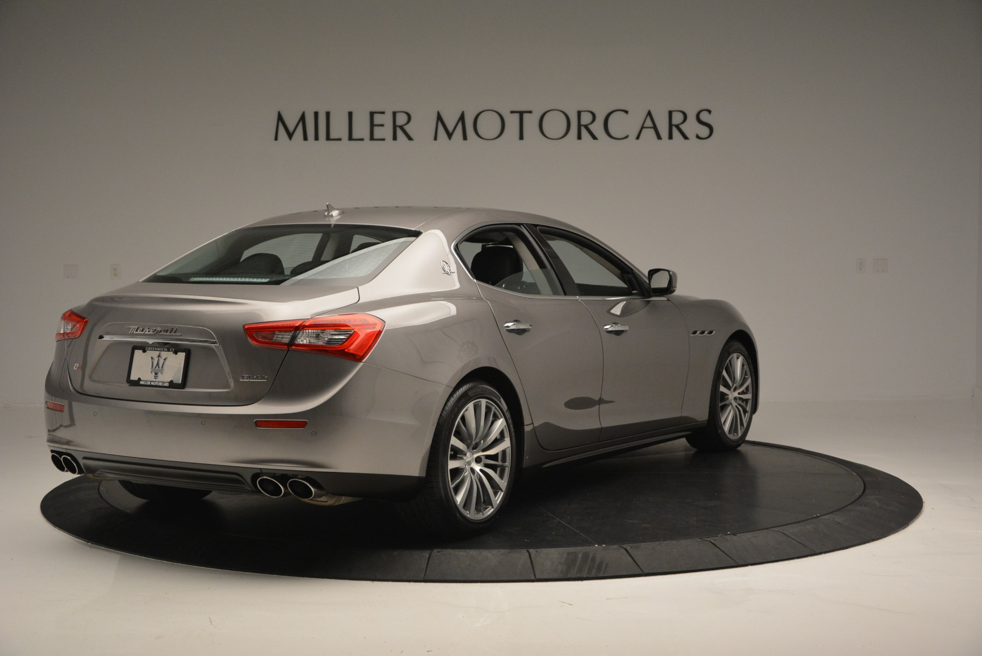 Used 2016 Maserati Ghibli S Q4  EX- LOANER For Sale In Greenwich, CT 668_p7