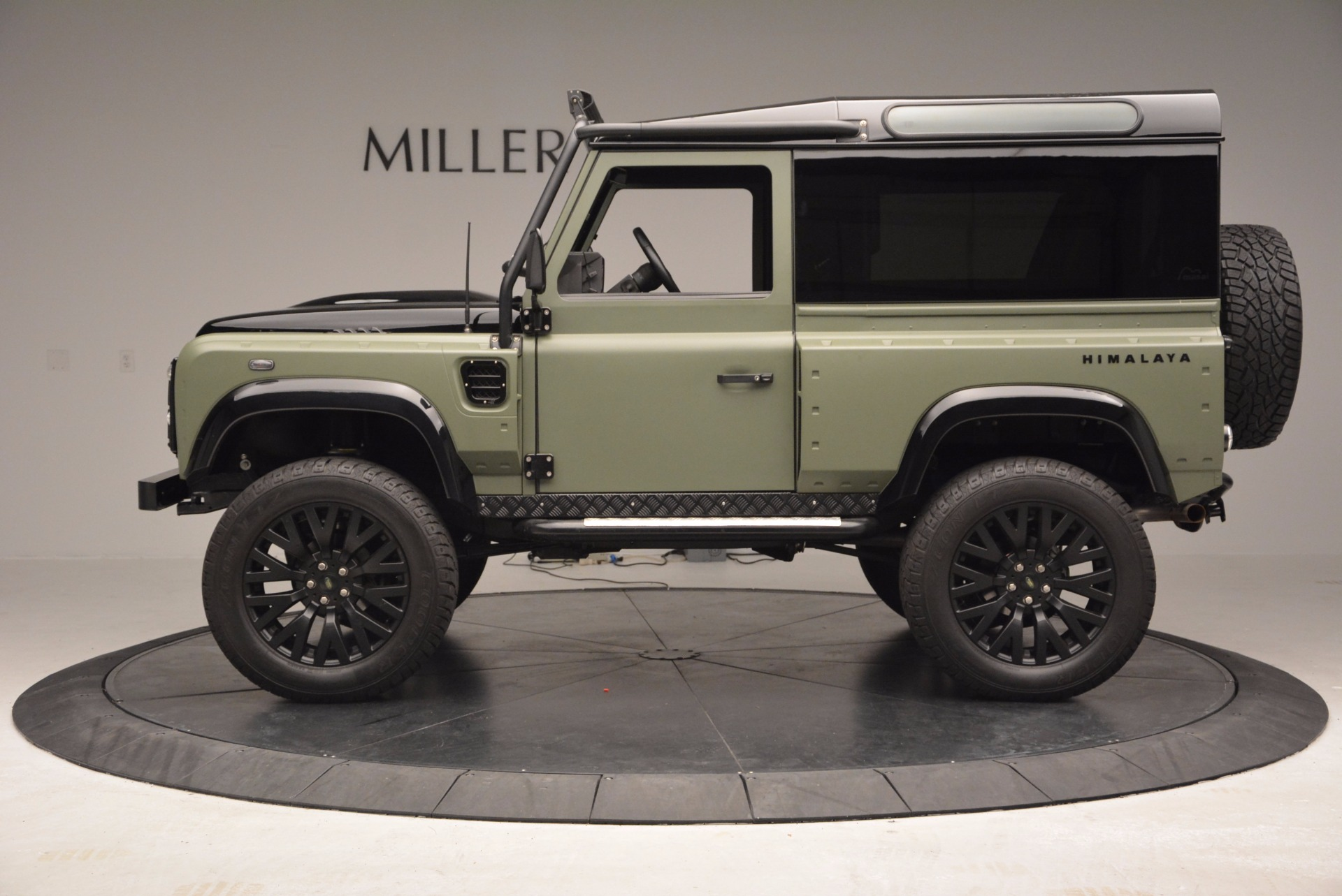Used 1997 Land Rover Defender 90 For Sale In Greenwich, CT 670_p3