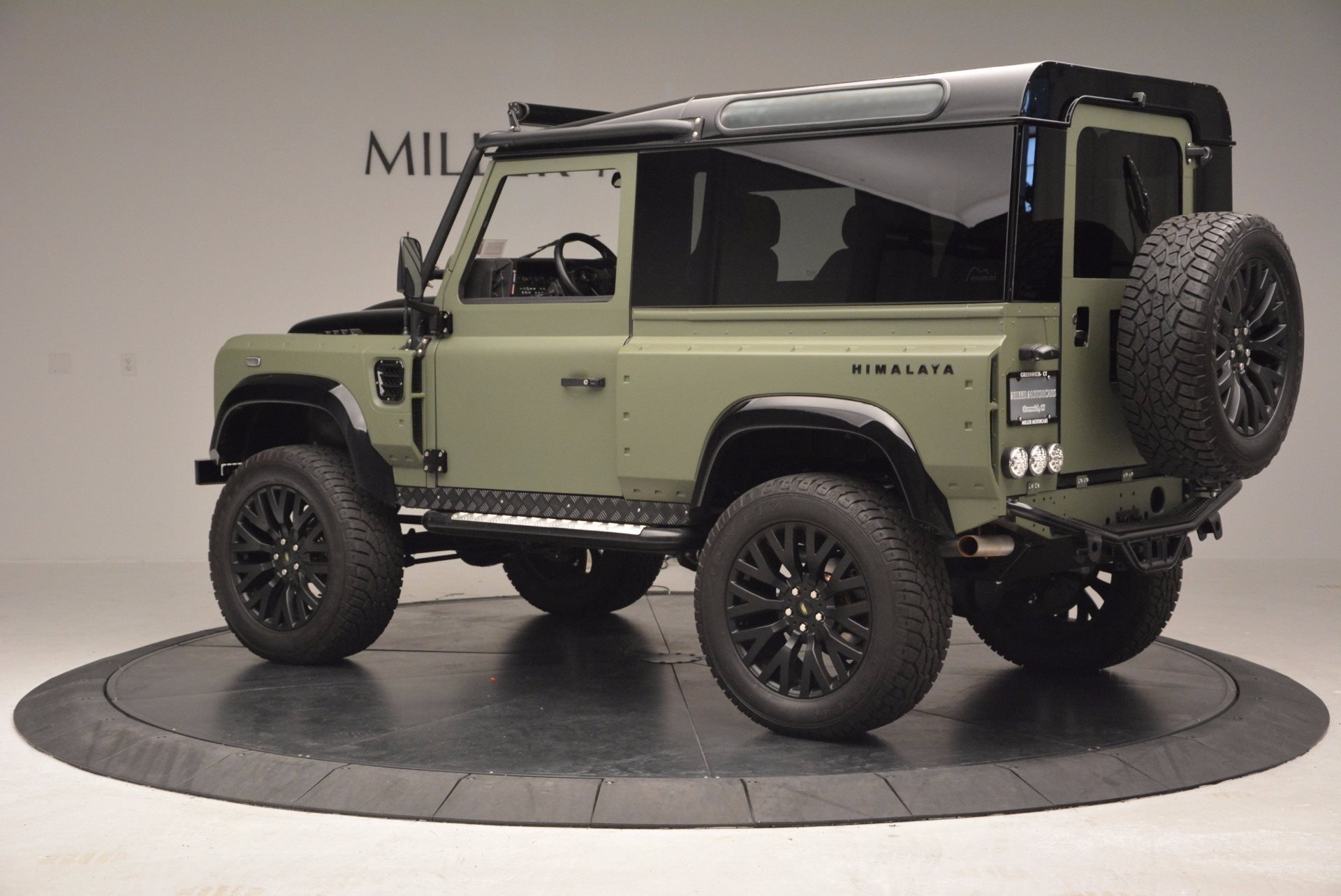 Used 1997 Land Rover Defender 90 For Sale In Greenwich, CT 670_p4