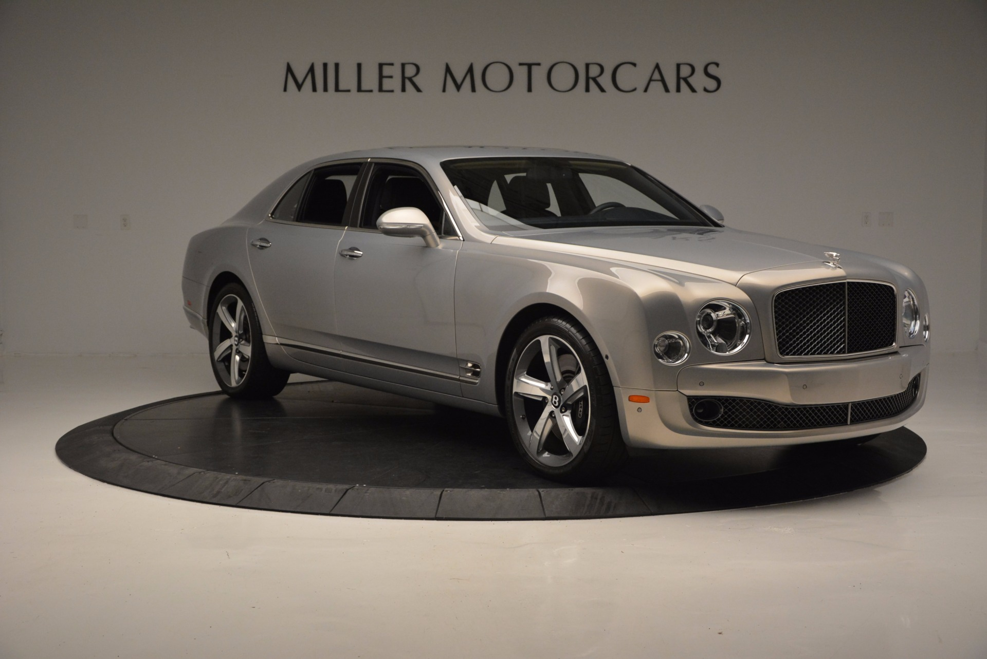 Used 2016 Bentley Mulsanne Speed For Sale In Greenwich, CT 671_p12