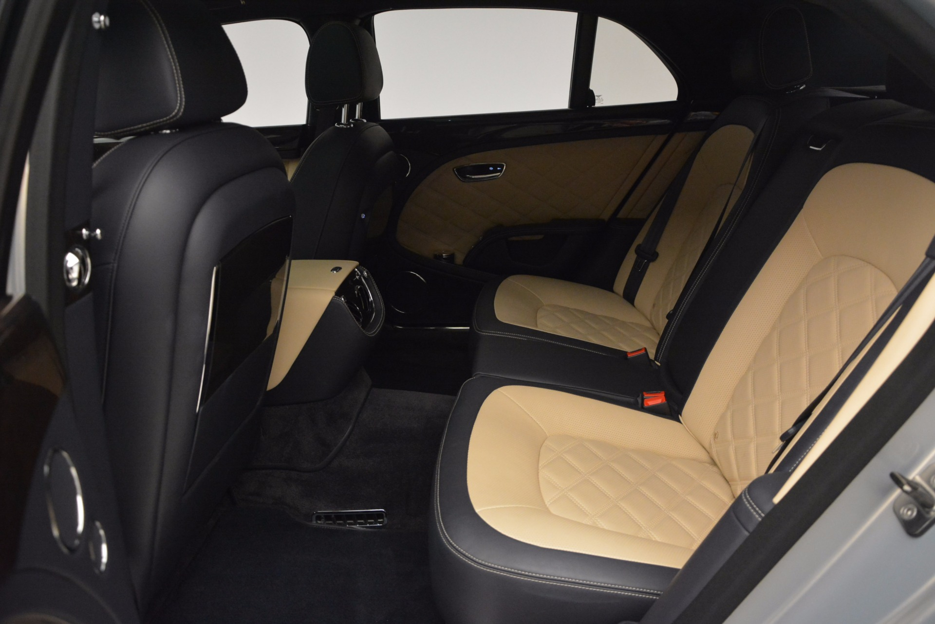 Used 2016 Bentley Mulsanne Speed For Sale In Greenwich, CT 671_p33