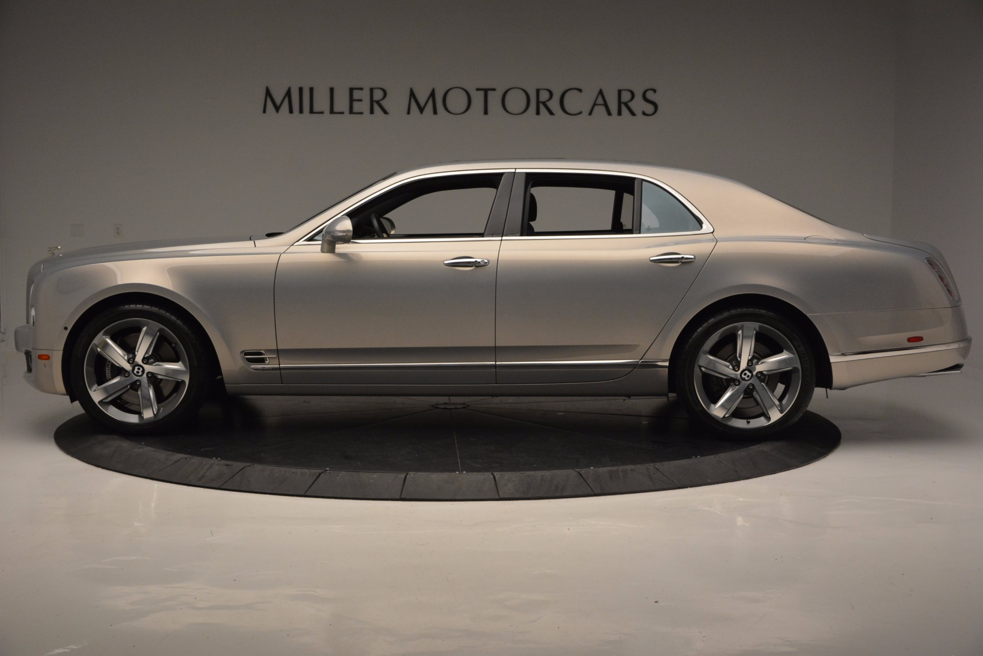 Used 2016 Bentley Mulsanne Speed For Sale In Greenwich, CT 671_p3