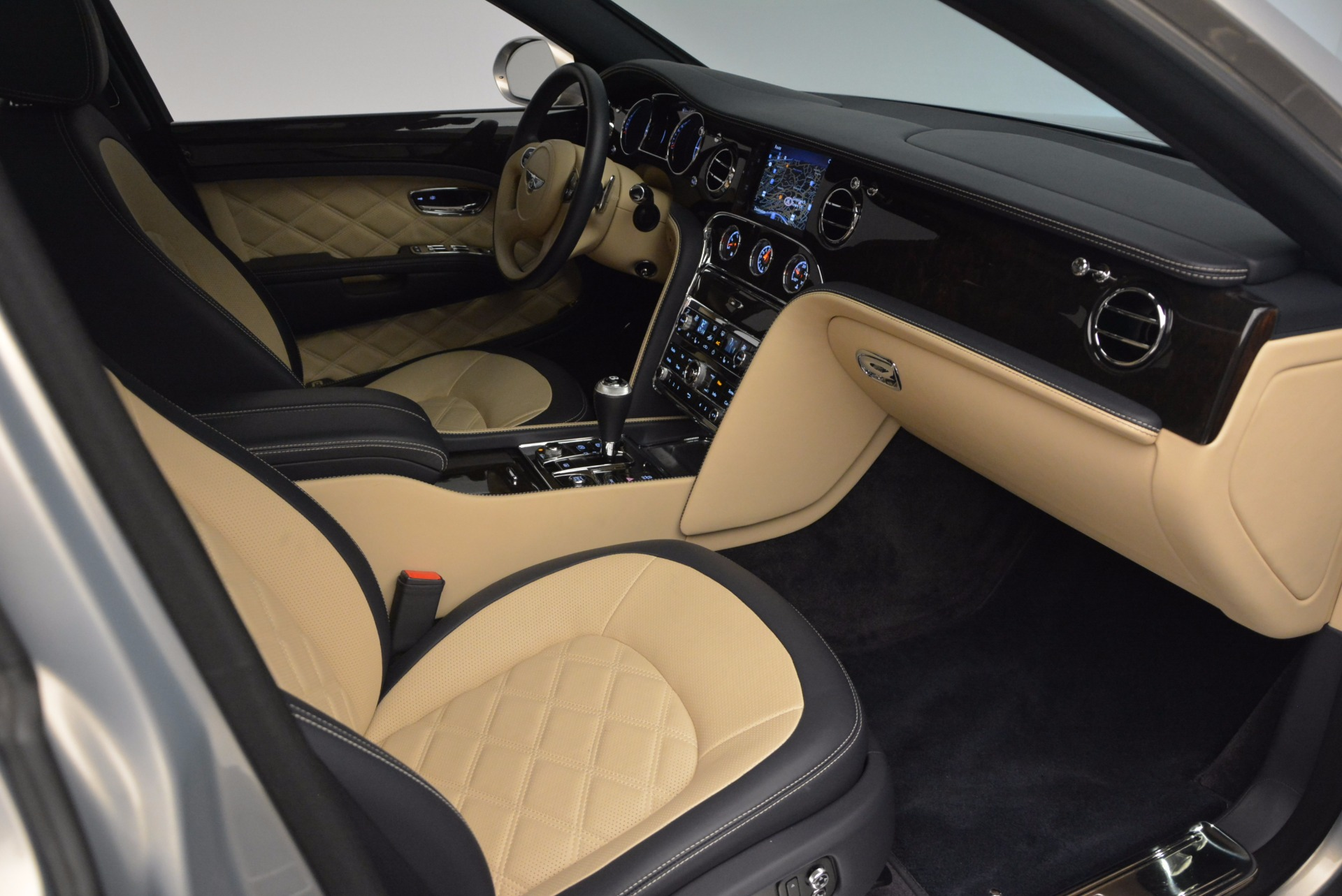 Used 2016 Bentley Mulsanne Speed For Sale In Greenwich, CT 671_p42