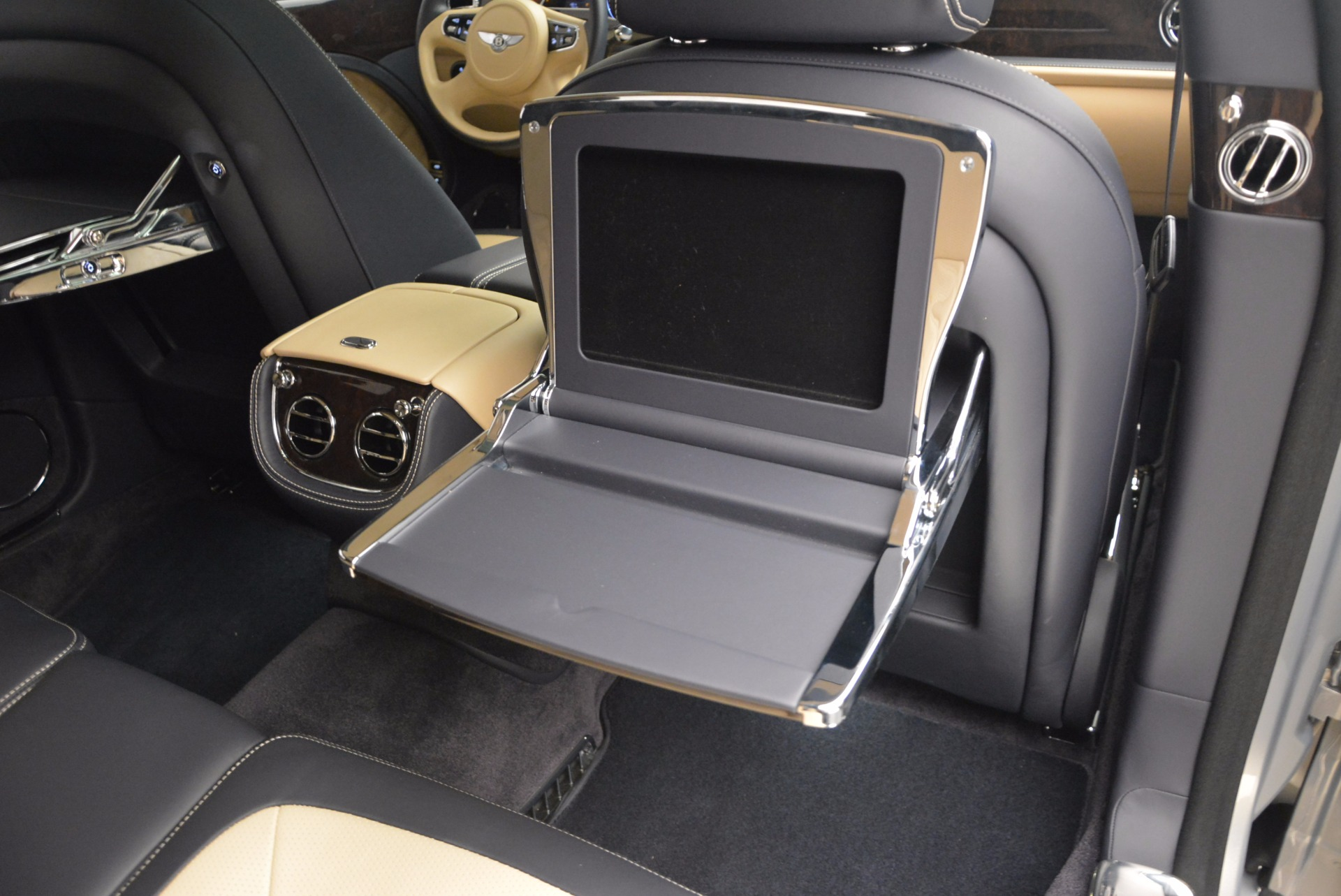 Used 2016 Bentley Mulsanne Speed For Sale In Greenwich, CT 671_p51
