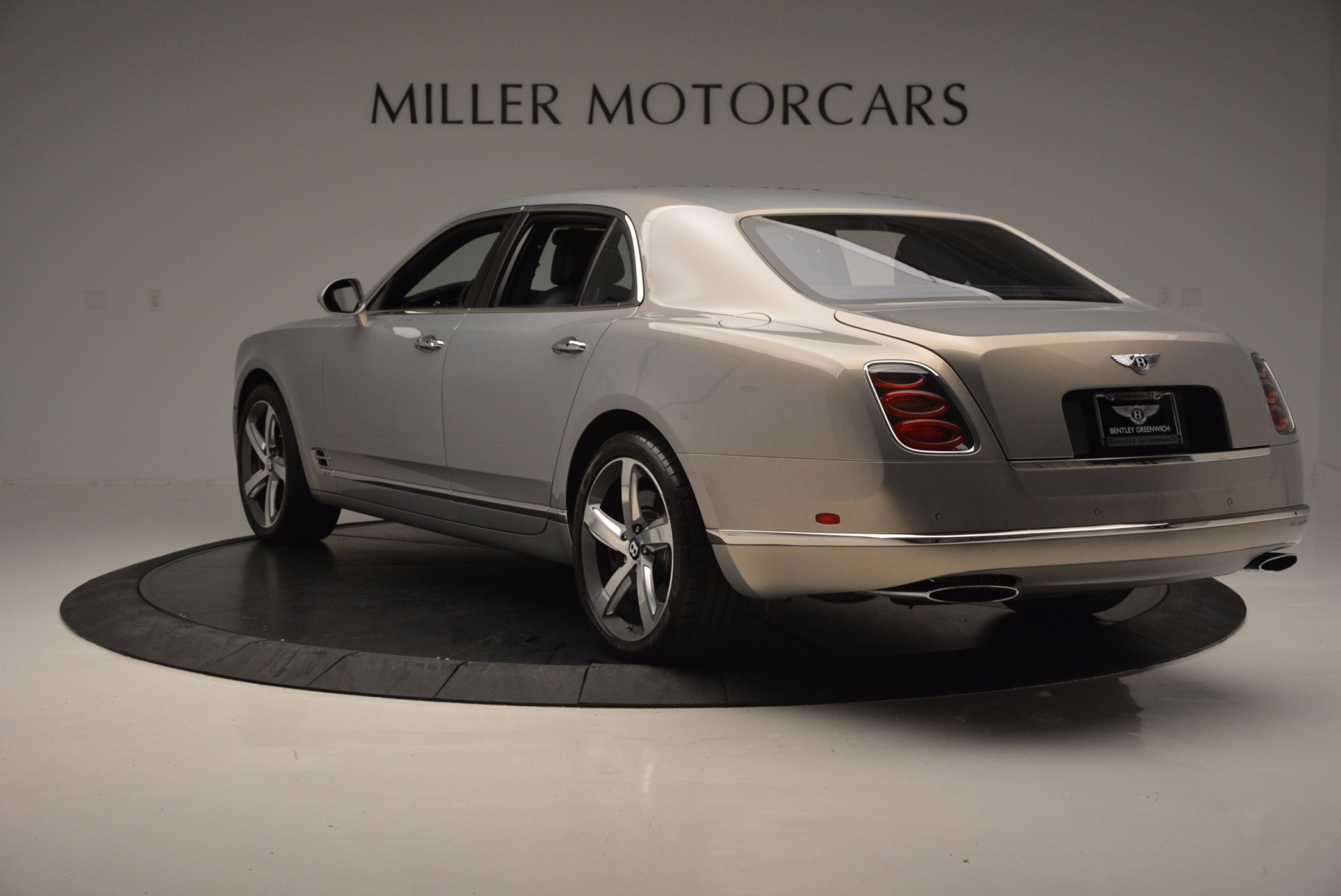 Used 2016 Bentley Mulsanne Speed For Sale In Greenwich, CT 671_p5