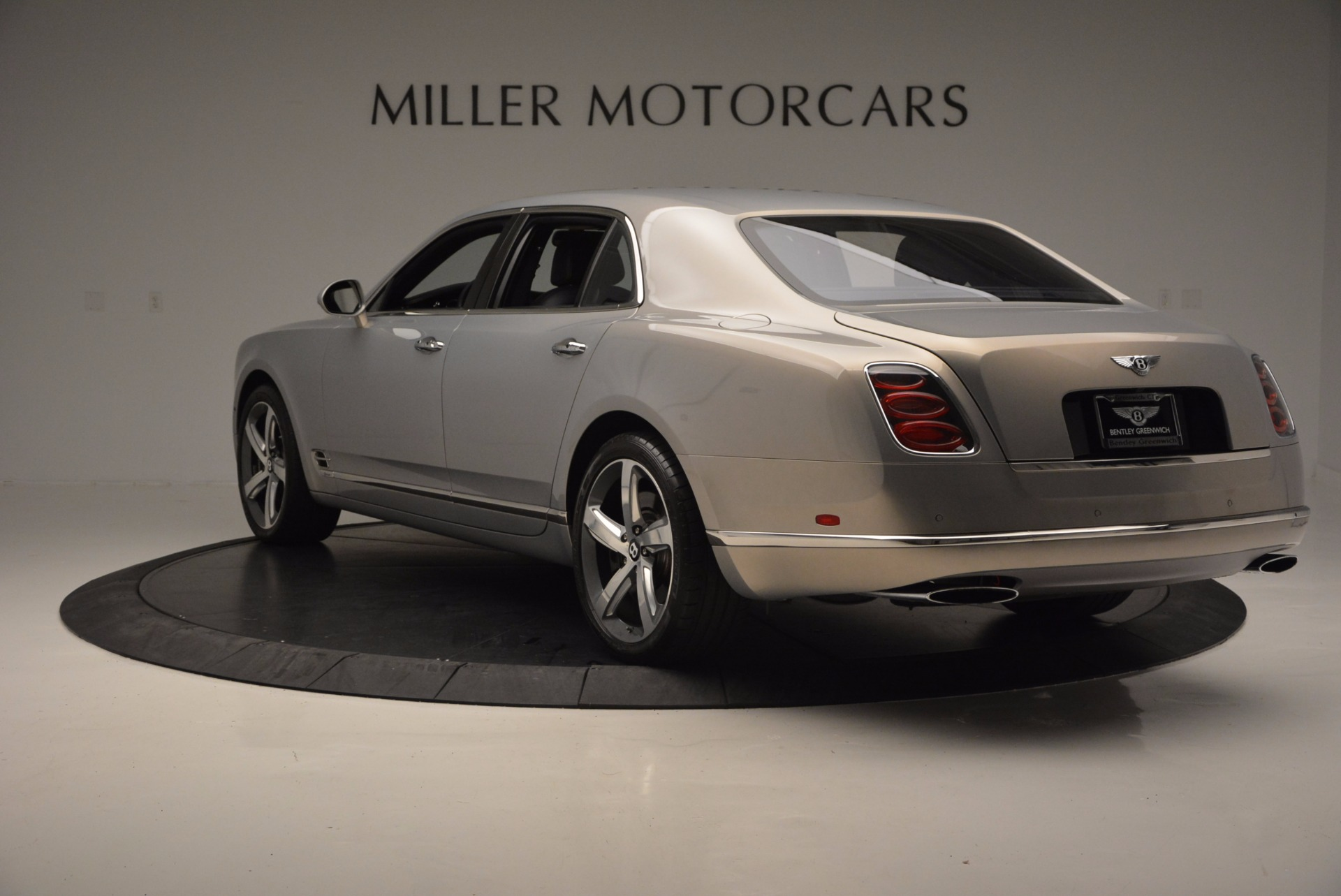 Used 2016 Bentley Mulsanne Speed For Sale In Greenwich, CT 671_p6