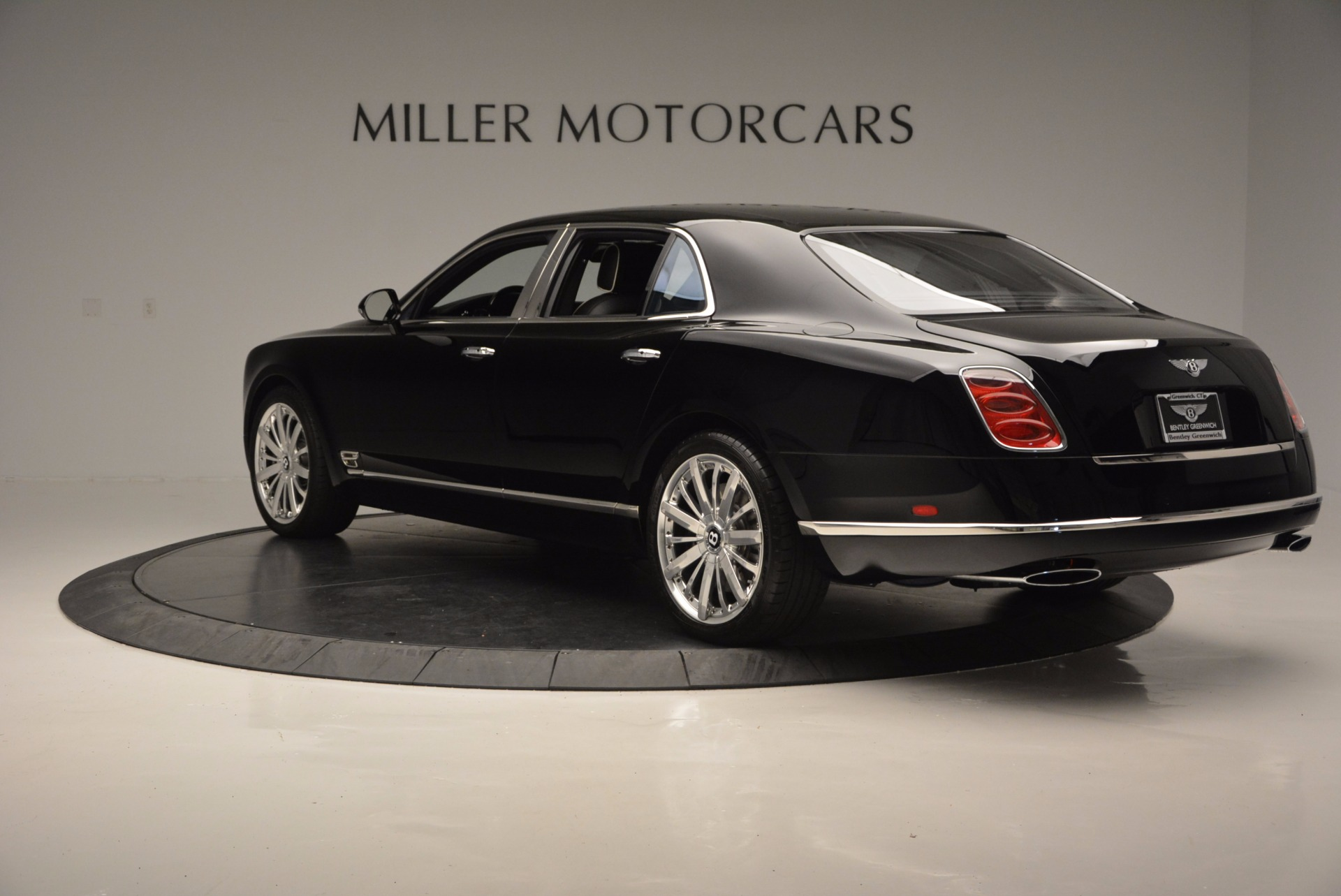 Used 2016 Bentley Mulsanne  For Sale In Greenwich, CT 672_p5