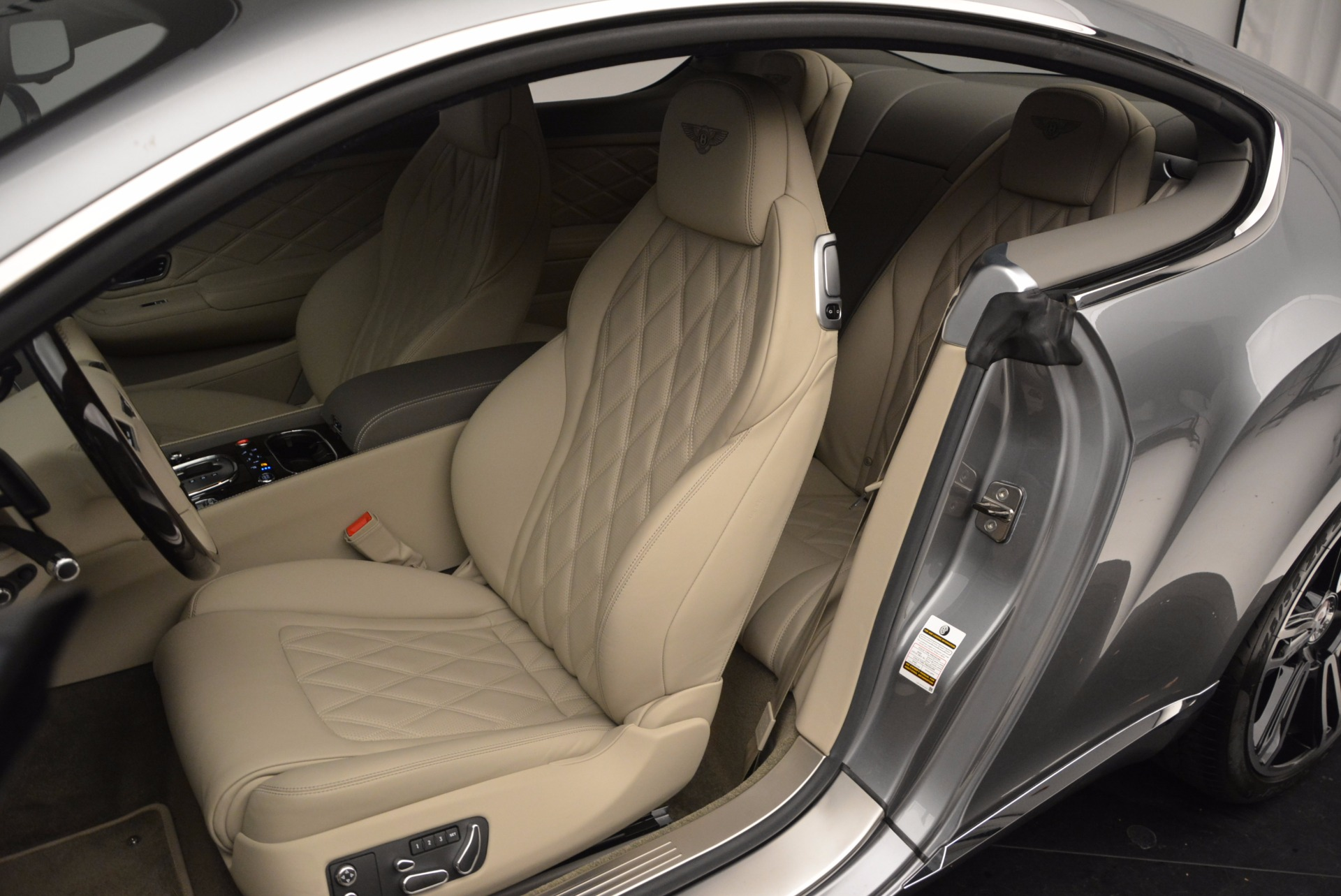 Used 2014 Bentley Continental GT V8  For Sale In Greenwich, CT 673_p22
