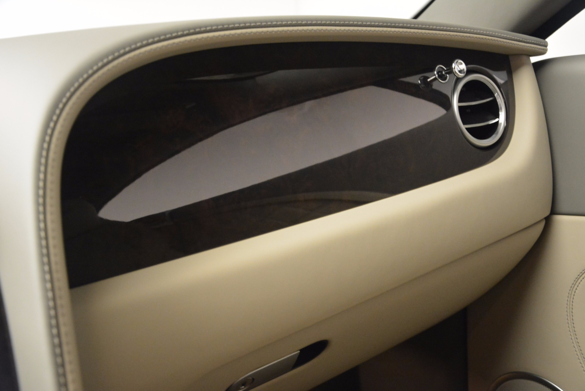 Used 2014 Bentley Continental GT V8  For Sale In Greenwich, CT 673_p28