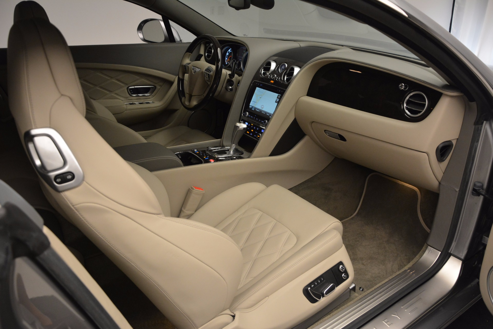 Used 2014 Bentley Continental GT V8  For Sale In Greenwich, CT 673_p33