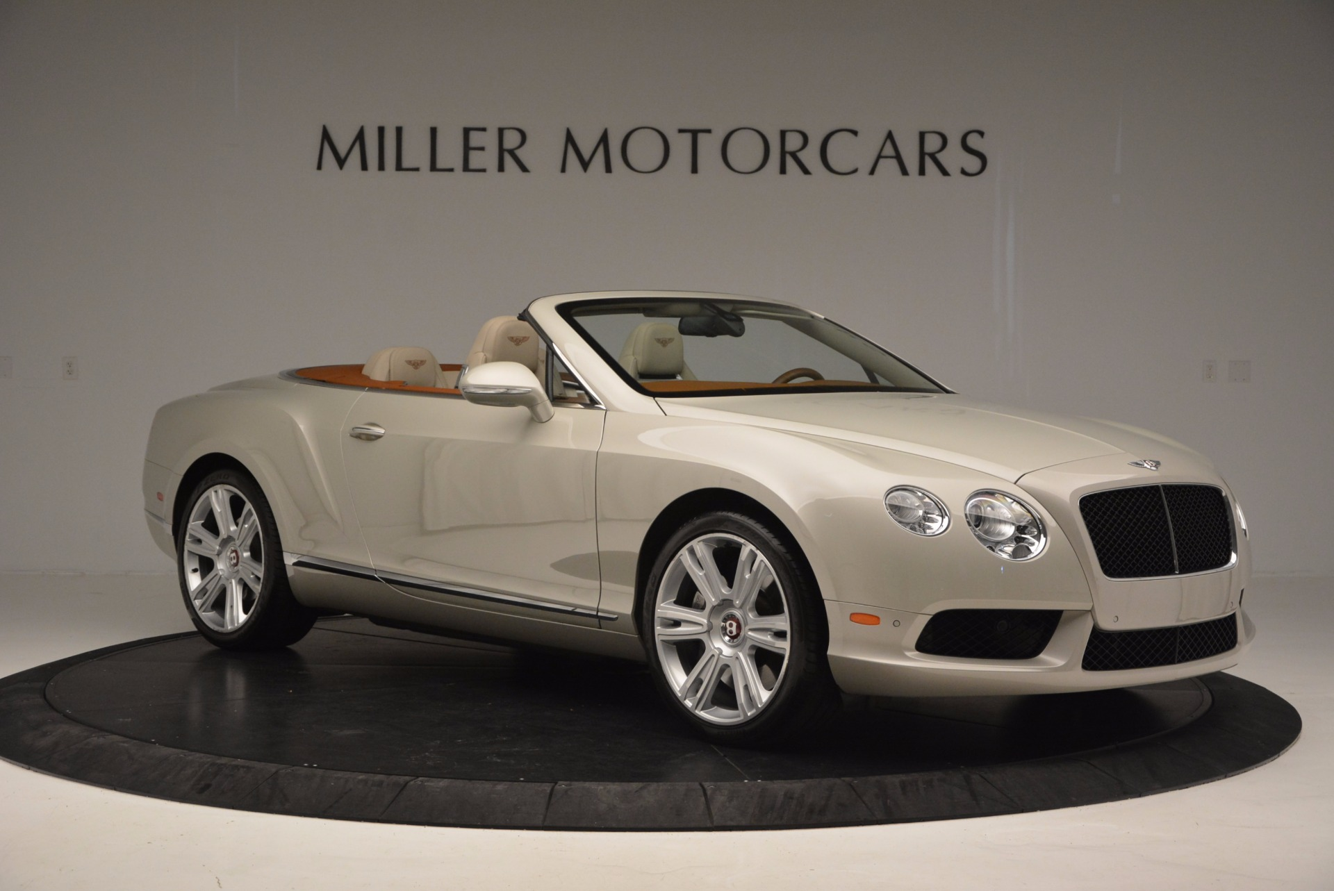 Used 2013 Bentley Continental GTC V8  For Sale In Greenwich, CT 675_p10