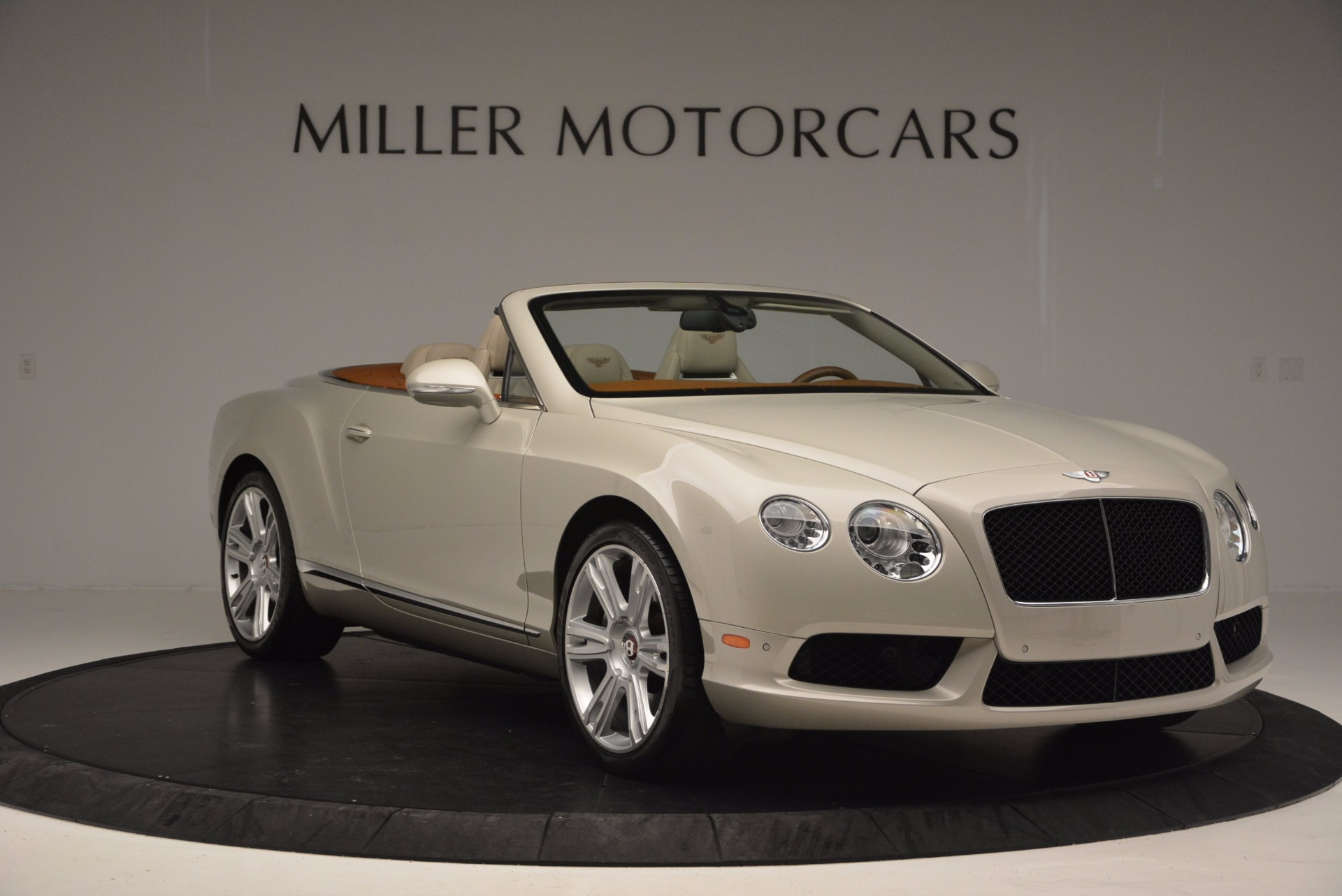 Used 2013 Bentley Continental GTC V8  For Sale In Greenwich, CT 675_p11