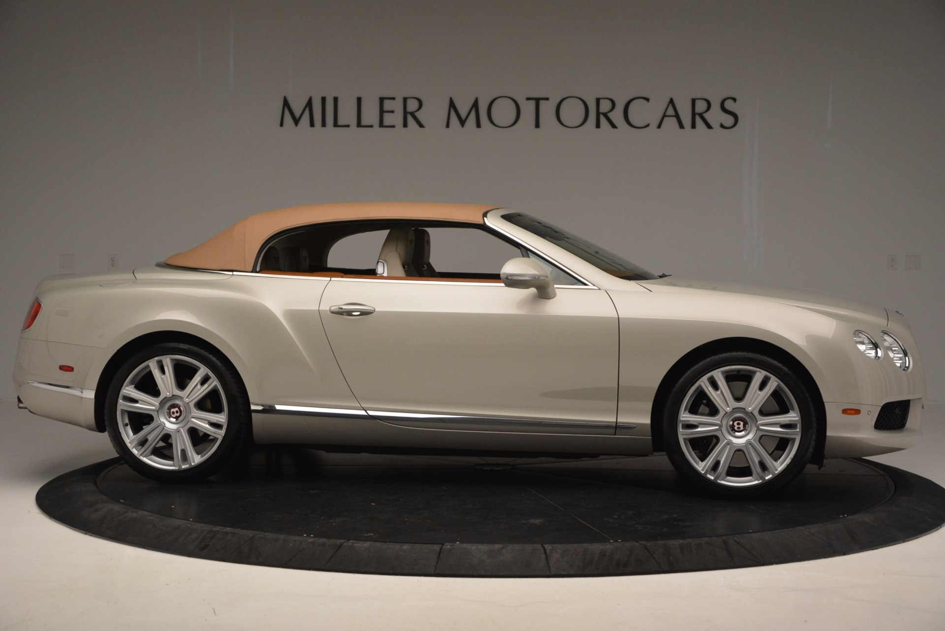 Used 2013 Bentley Continental GTC V8  For Sale In Greenwich, CT 675_p22