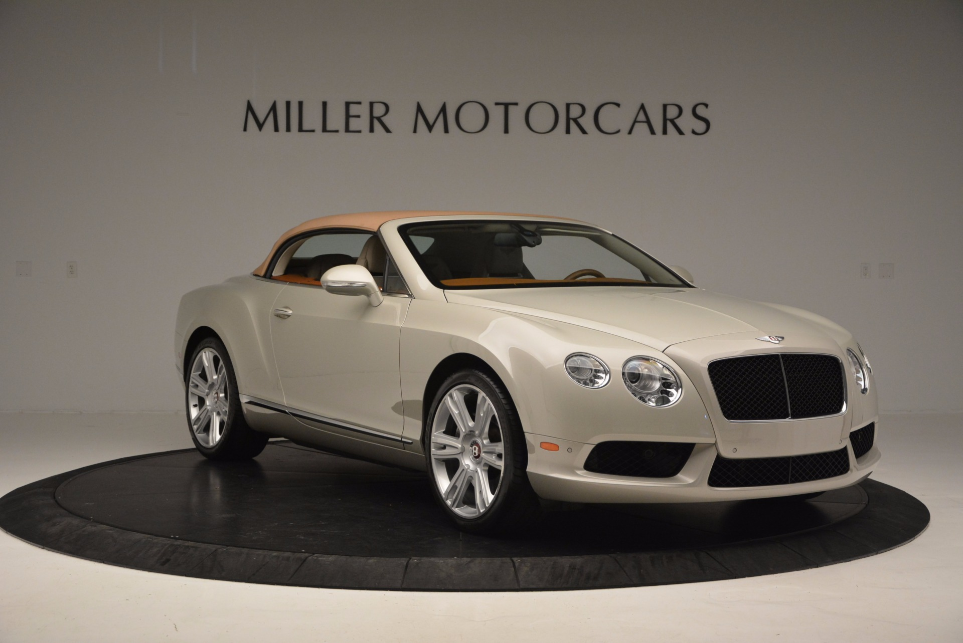 Used 2013 Bentley Continental GTC V8  For Sale In Greenwich, CT 675_p24