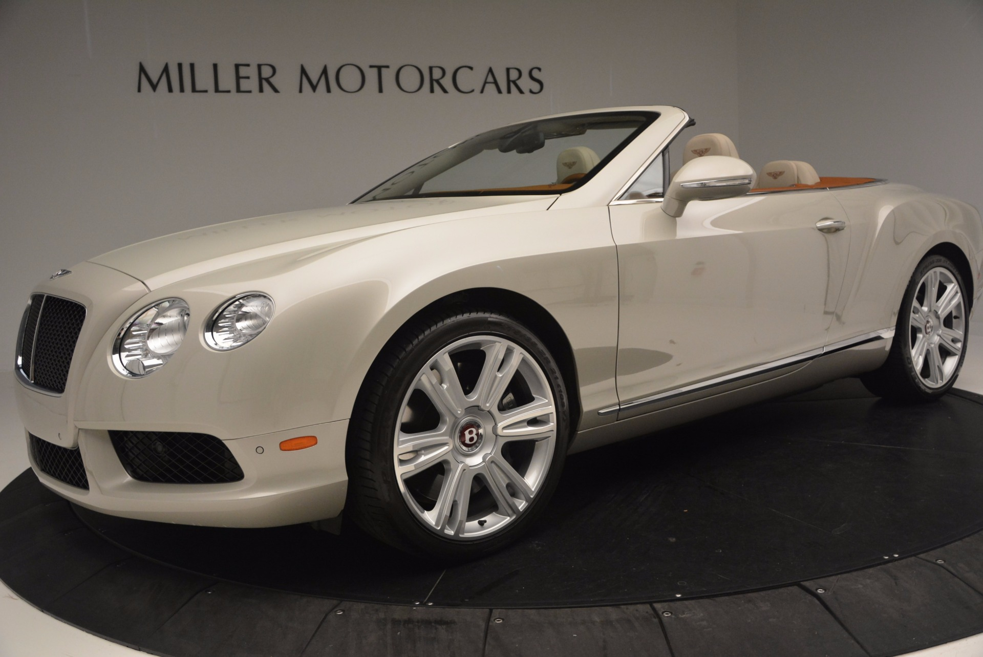 Used 2013 Bentley Continental GTC V8  For Sale In Greenwich, CT 675_p28