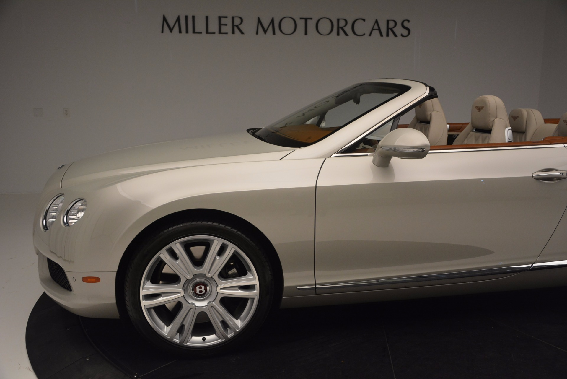 Used 2013 Bentley Continental GTC V8  For Sale In Greenwich, CT 675_p30
