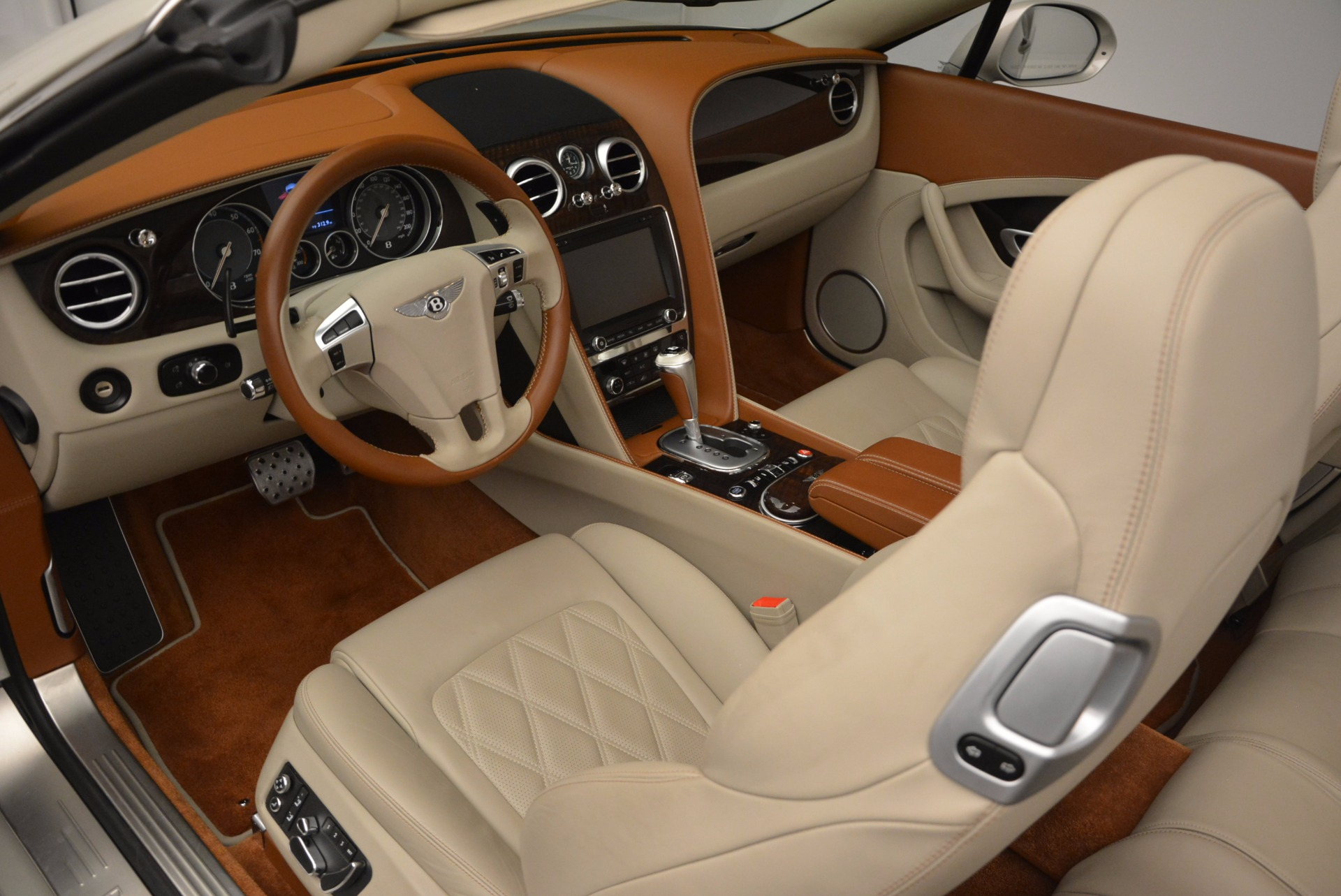 Used 2013 Bentley Continental GTC V8  For Sale In Greenwich, CT 675_p32