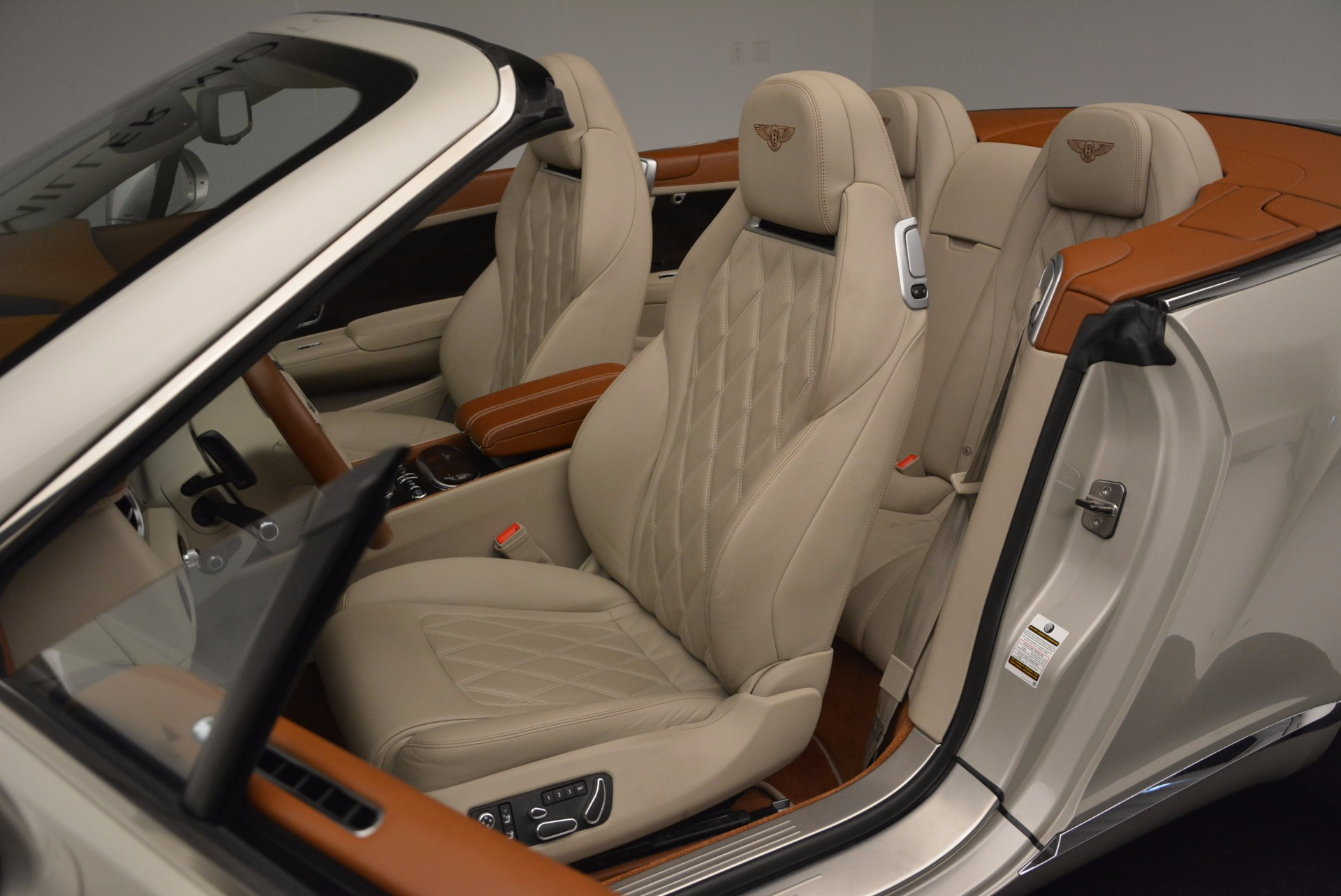 Used 2013 Bentley Continental GTC V8  For Sale In Greenwich, CT 675_p34