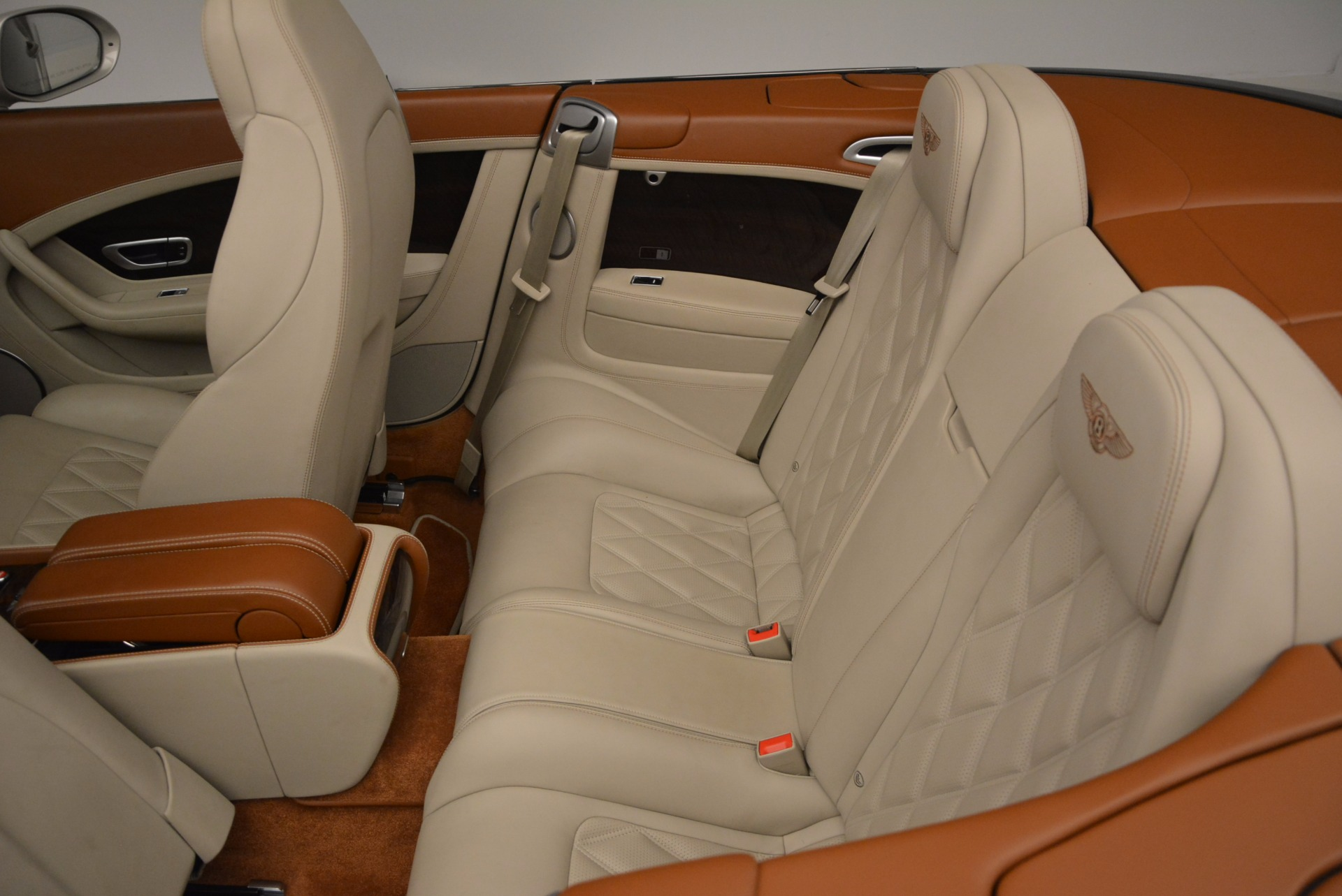 Used 2013 Bentley Continental GTC V8  For Sale In Greenwich, CT 675_p36