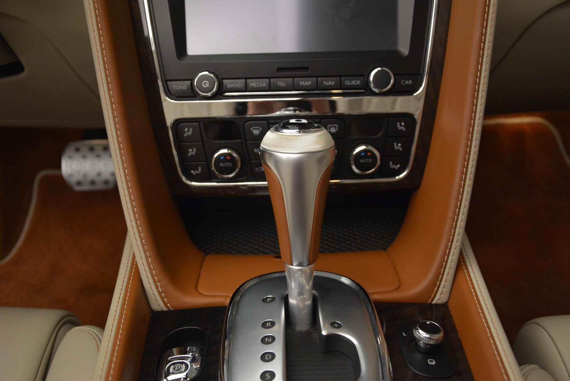 Used 2013 Bentley Continental GTC V8  For Sale In Greenwich, CT 675_p39