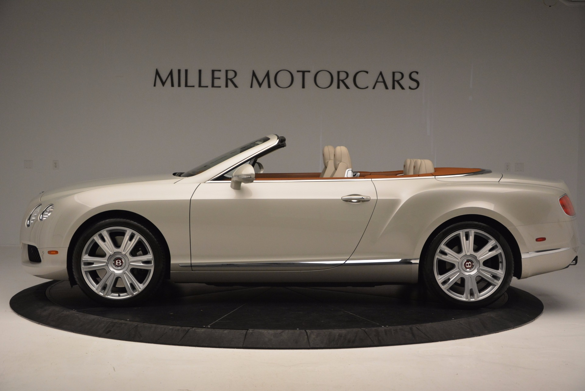 Used 2013 Bentley Continental GTC V8  For Sale In Greenwich, CT 675_p3