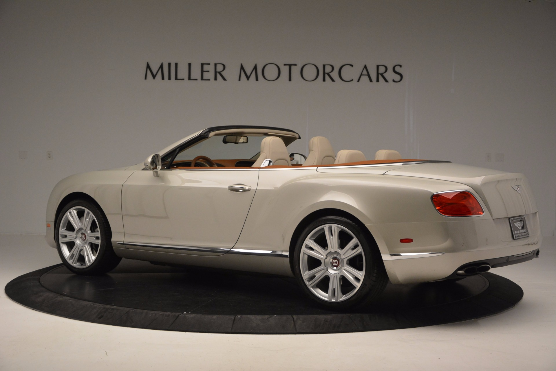 Used 2013 Bentley Continental GTC V8  For Sale In Greenwich, CT 675_p4