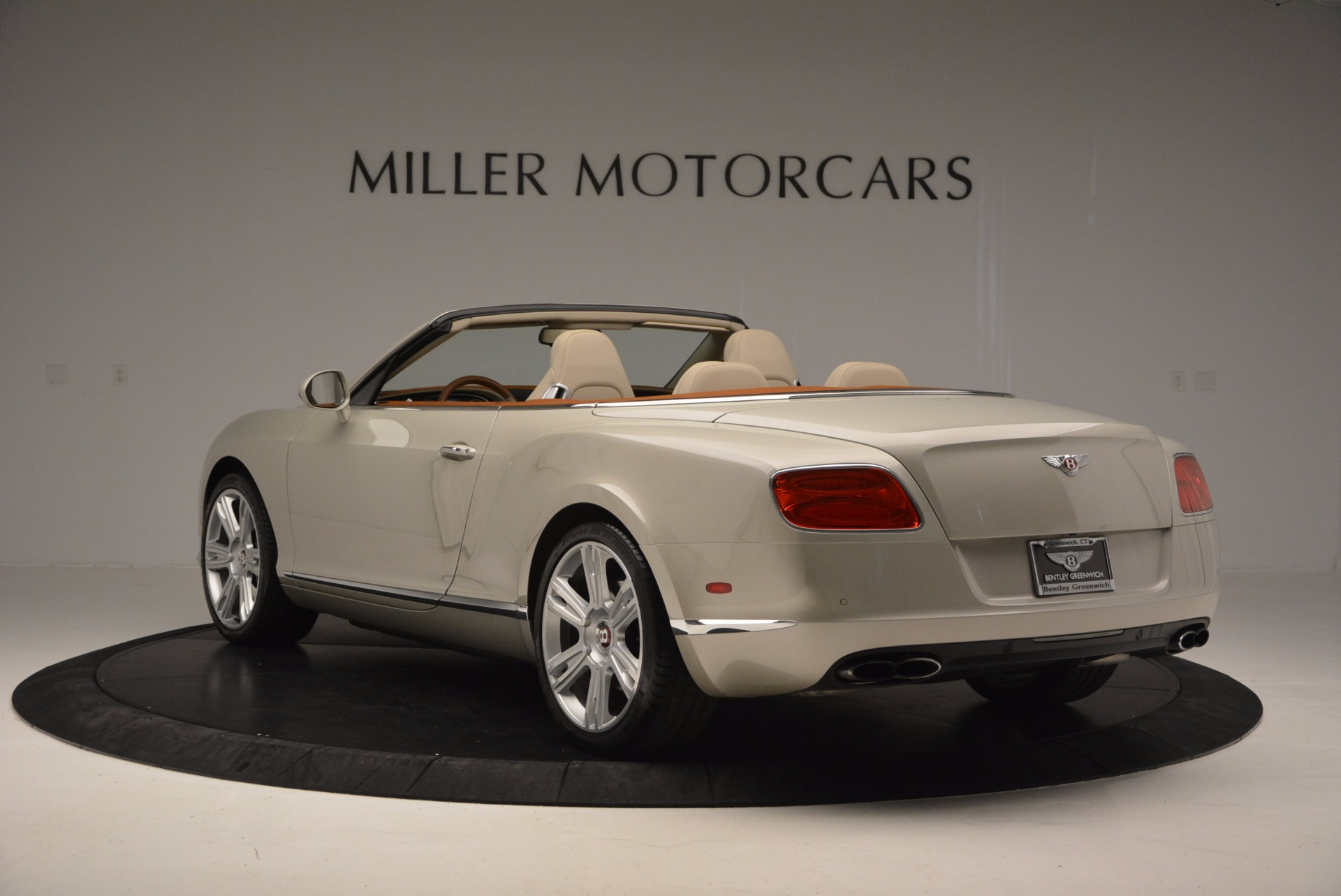 Used 2013 Bentley Continental GTC V8  For Sale In Greenwich, CT 675_p5