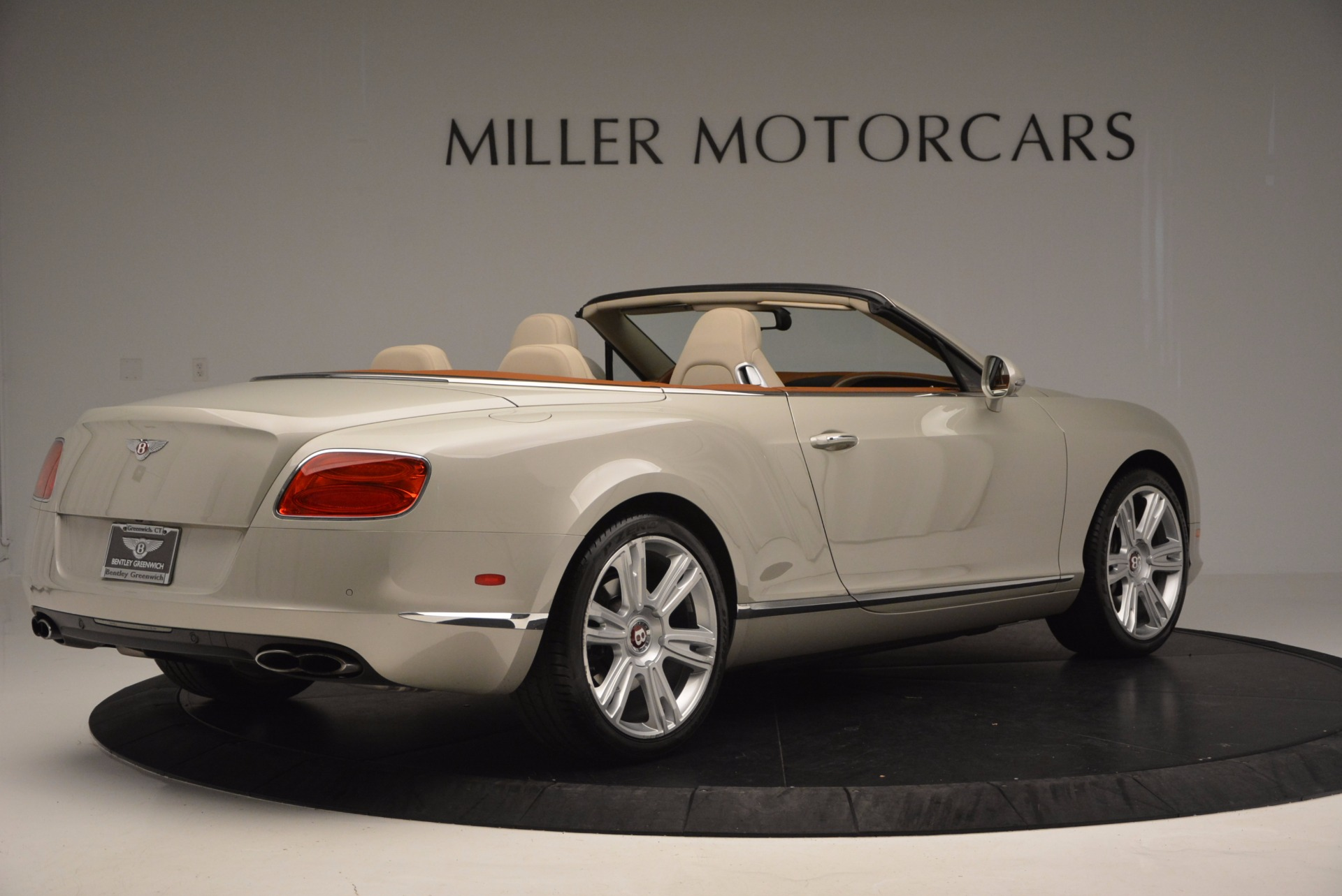 Used 2013 Bentley Continental GTC V8  For Sale In Greenwich, CT 675_p8