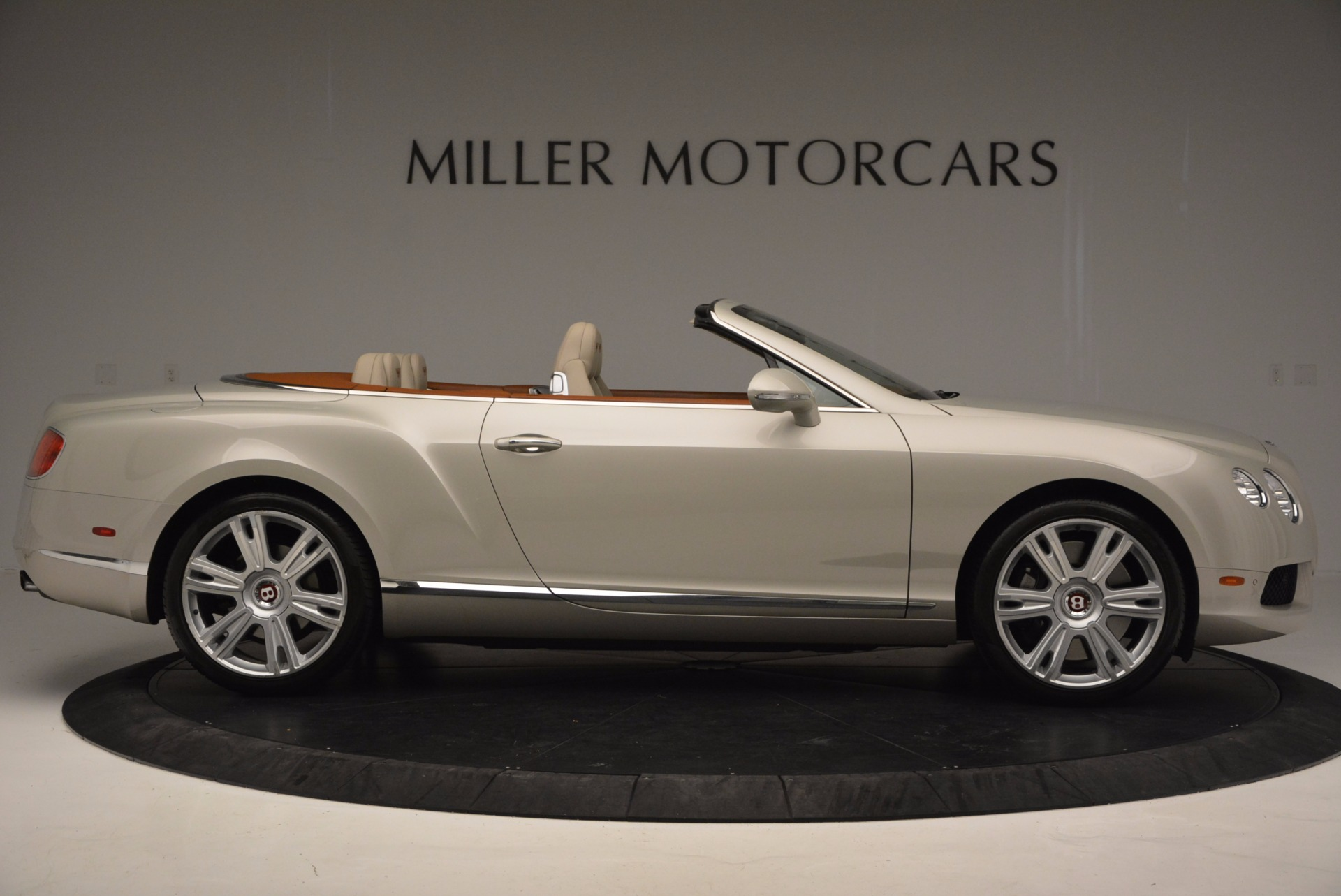Used 2013 Bentley Continental GTC V8  For Sale In Greenwich, CT 675_p9