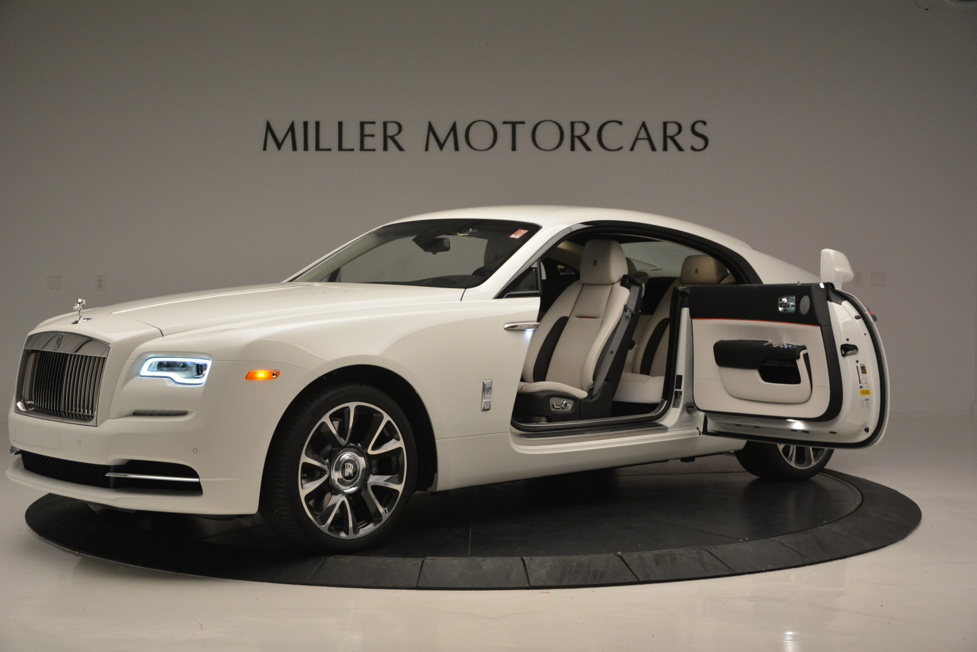 New 2017 Rolls-Royce Wraith  For Sale In Greenwich, CT 688_p16