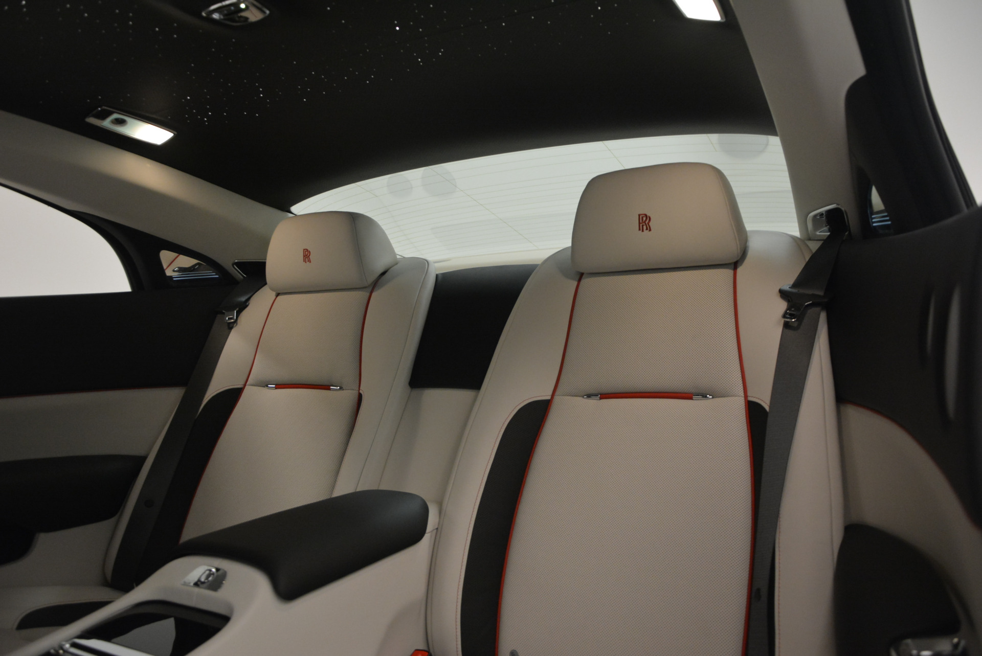 New 2017 Rolls-Royce Wraith  For Sale In Greenwich, CT 688_p25