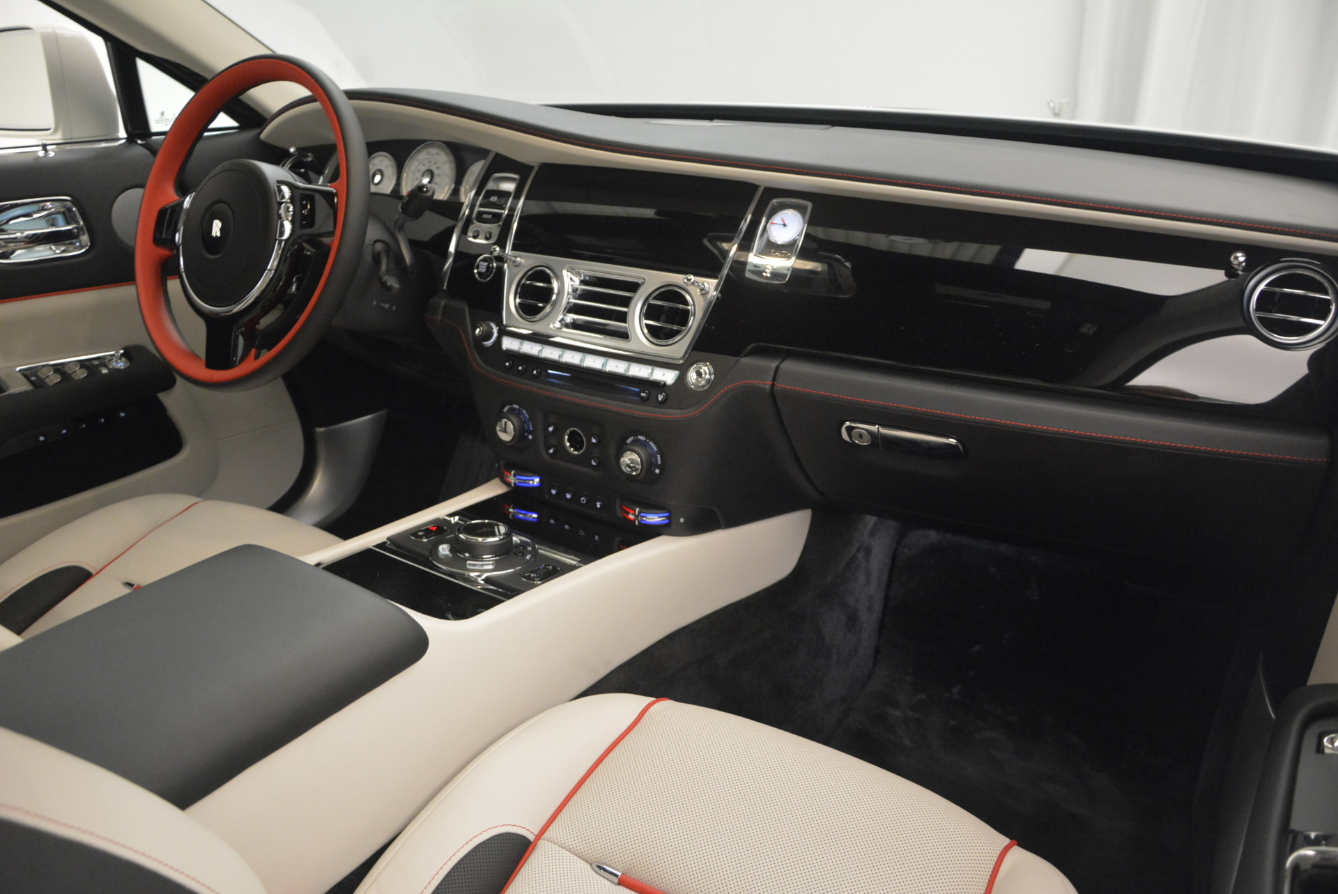 New 2017 Rolls-Royce Wraith  For Sale In Greenwich, CT 688_p32