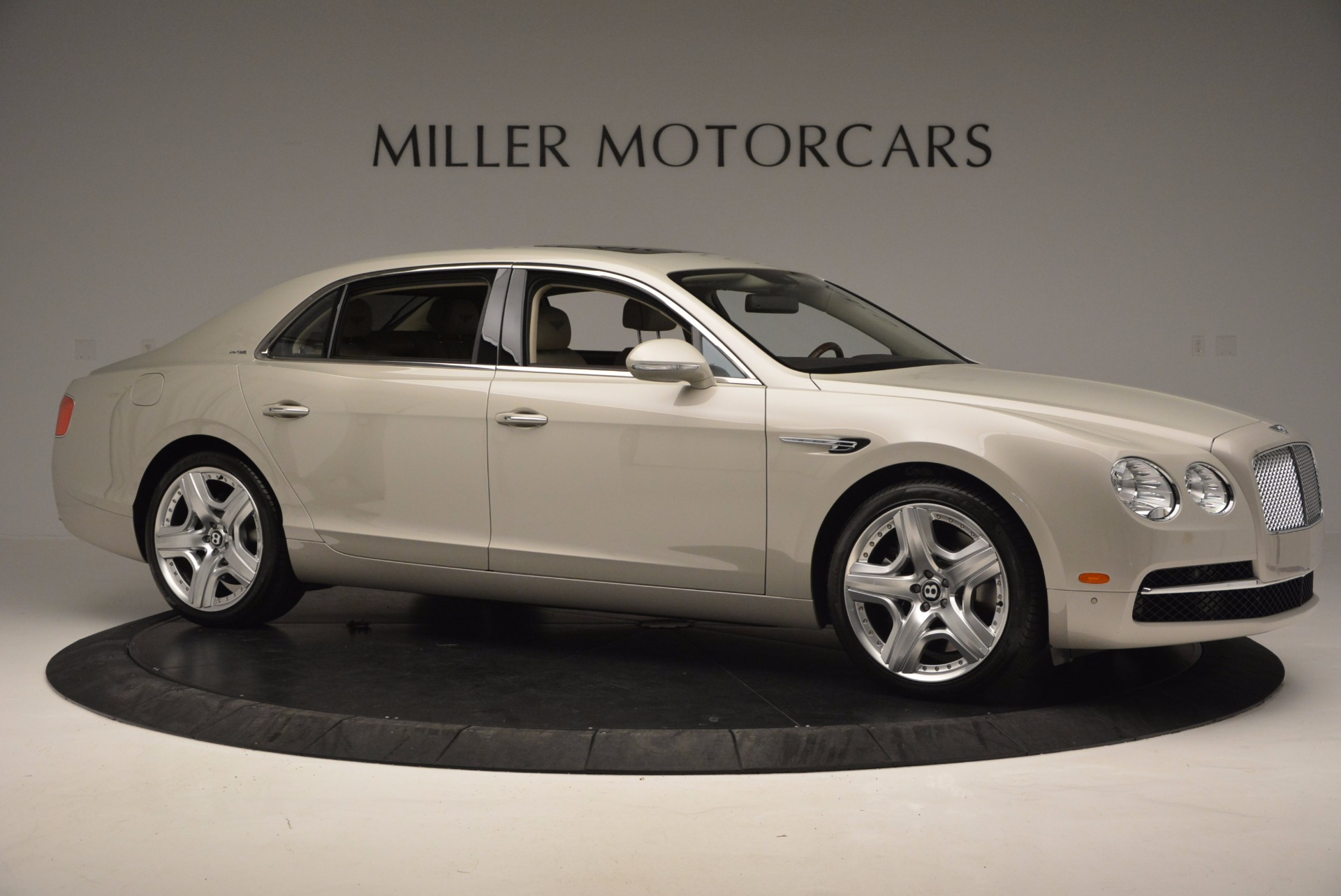 Used 2015 Bentley Flying Spur W12  For Sale In Greenwich, CT 694_p10