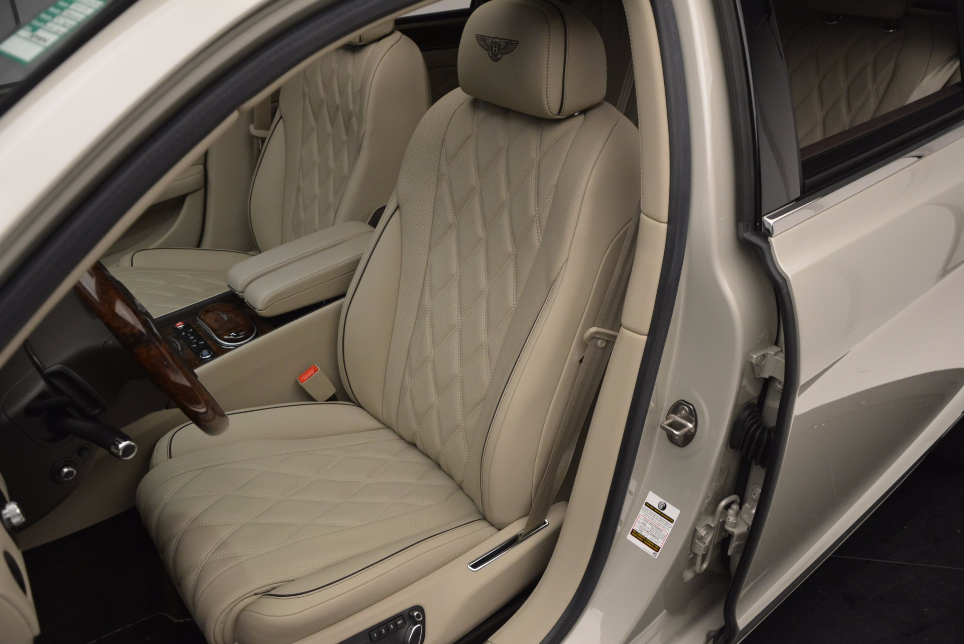 Used 2015 Bentley Flying Spur W12  For Sale In Greenwich, CT 694_p23