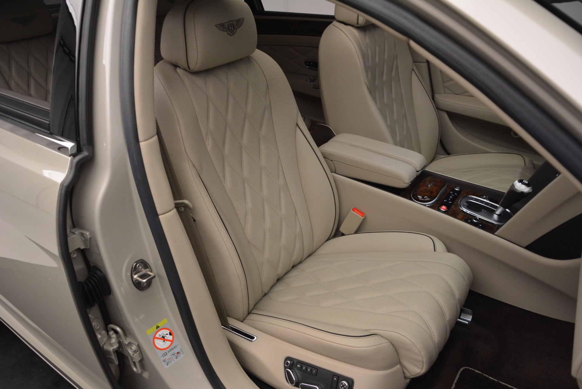 Used 2015 Bentley Flying Spur W12  For Sale In Greenwich, CT 694_p38